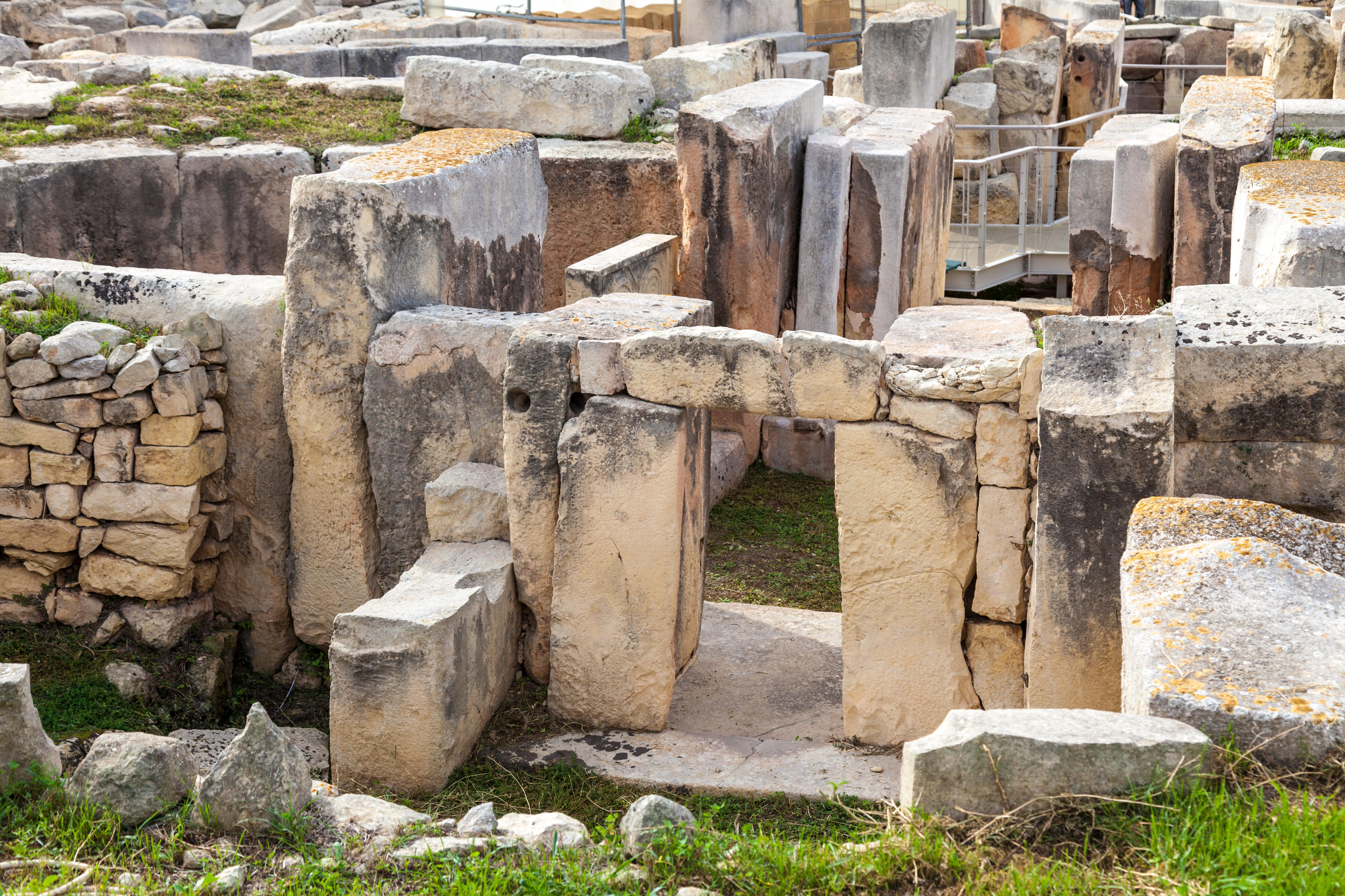 Pasea entre las construcciones de piedra más 'viejas' del mundo - Malta Circuito Maravillas de Malta