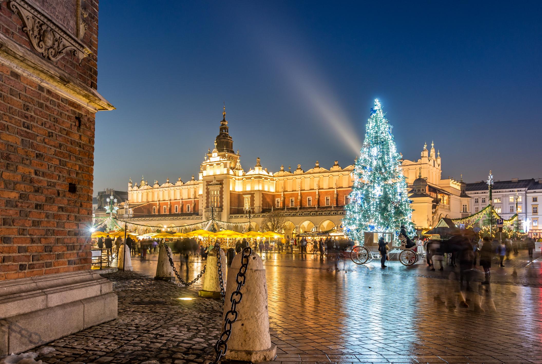 Vive la navidad en Rynek Glowny - Polonia Circuito Mercadillos de Navidad en Cracovia