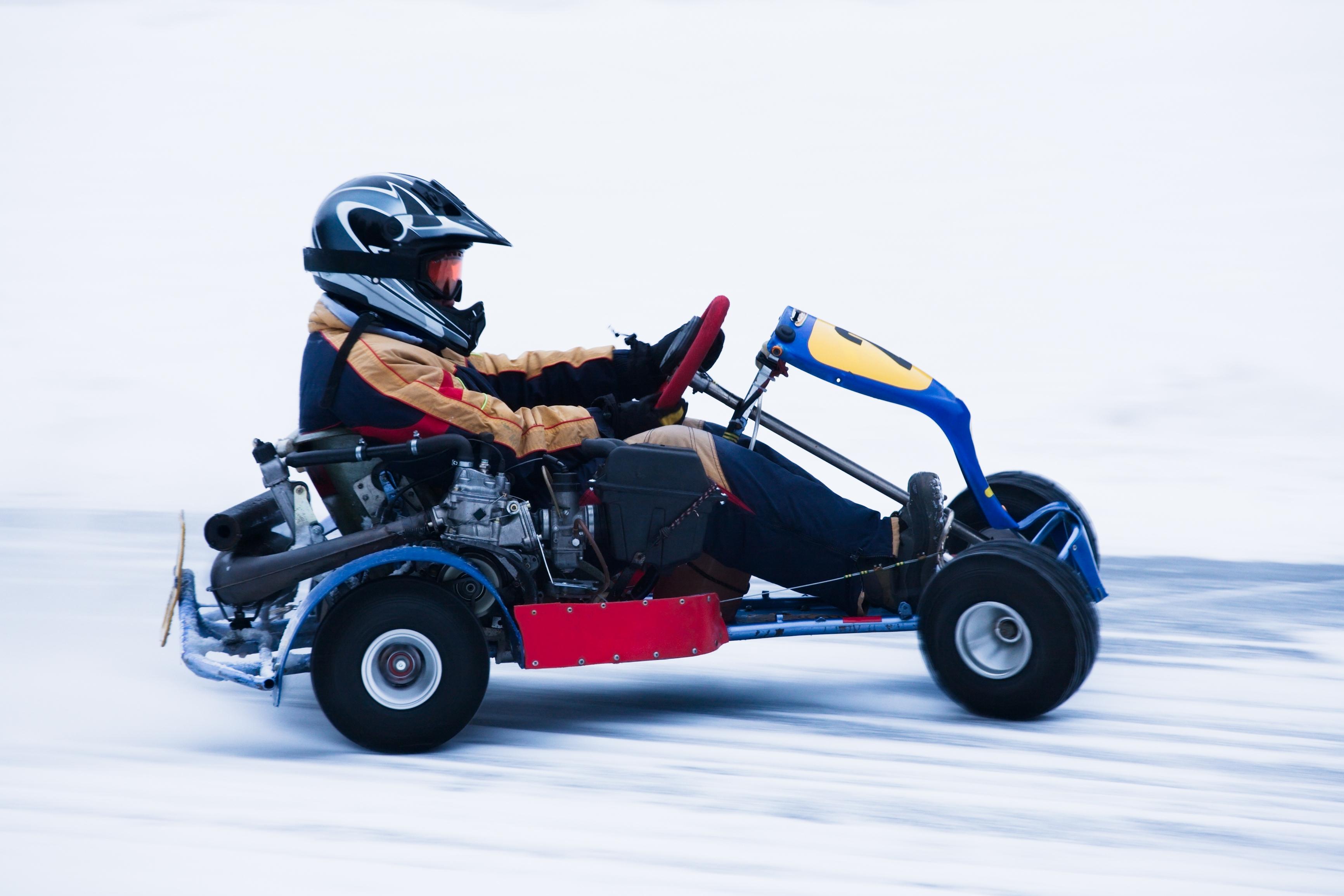 Karting sobre el hielo o la nieve - Finlandia Circuito Laponia y Rovaniemi desde Málaga