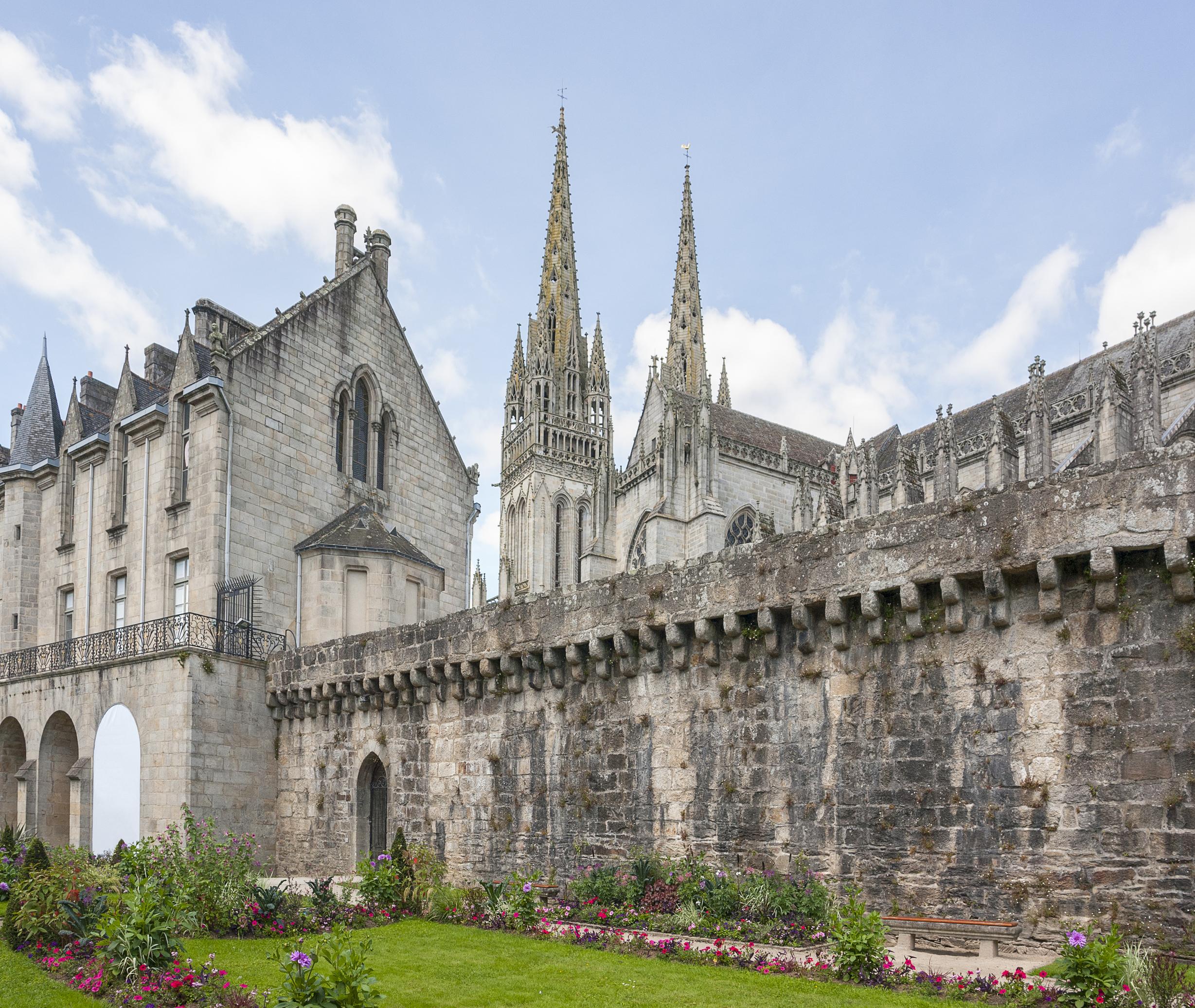 El Museo bretón de Quimper - Francia Circuito Gran Tour de Normandia y Bretaña