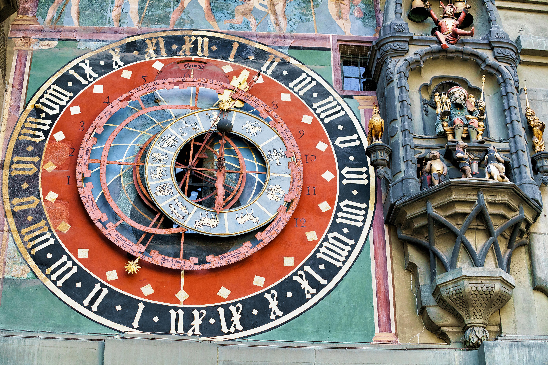 40a8ff685 La Torre del reloj no es solo un enclave turístico de primer nivel para  Suiza, sino que ha sido testigo de los capítulos más importantes de su  historia.