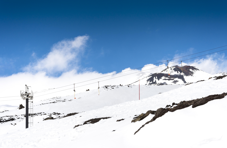 La increíble experiencia de esquiar en el Etna - Italia Circuito Descubre Sicilia