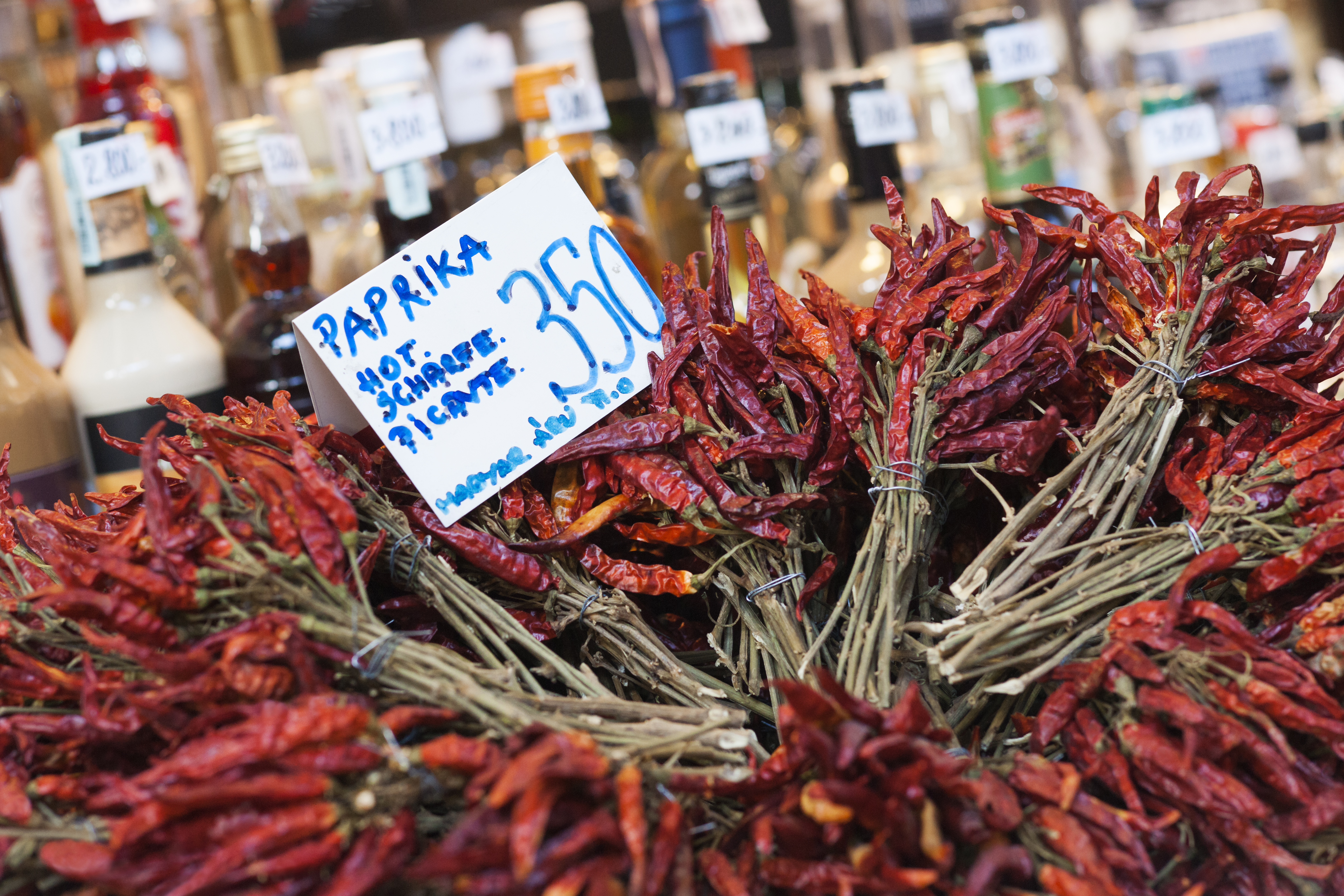 Descubre los olores y sabores del Mercado Central de Budapest - Hungría Circuito Budapest y Praga
