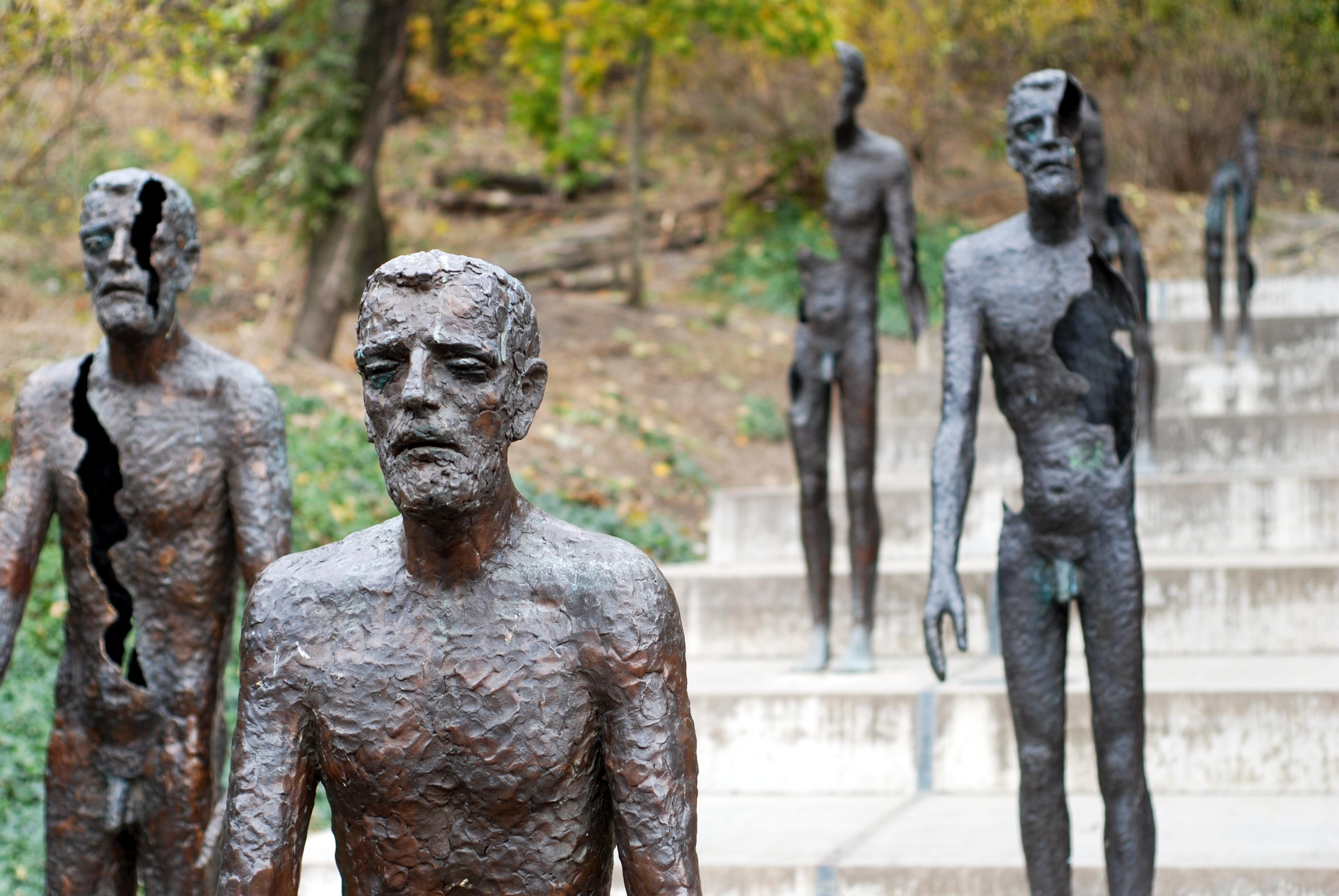 Aprende de la historia reciente en el Museo del Comunismo - Hungría Circuito Budapest y Praga