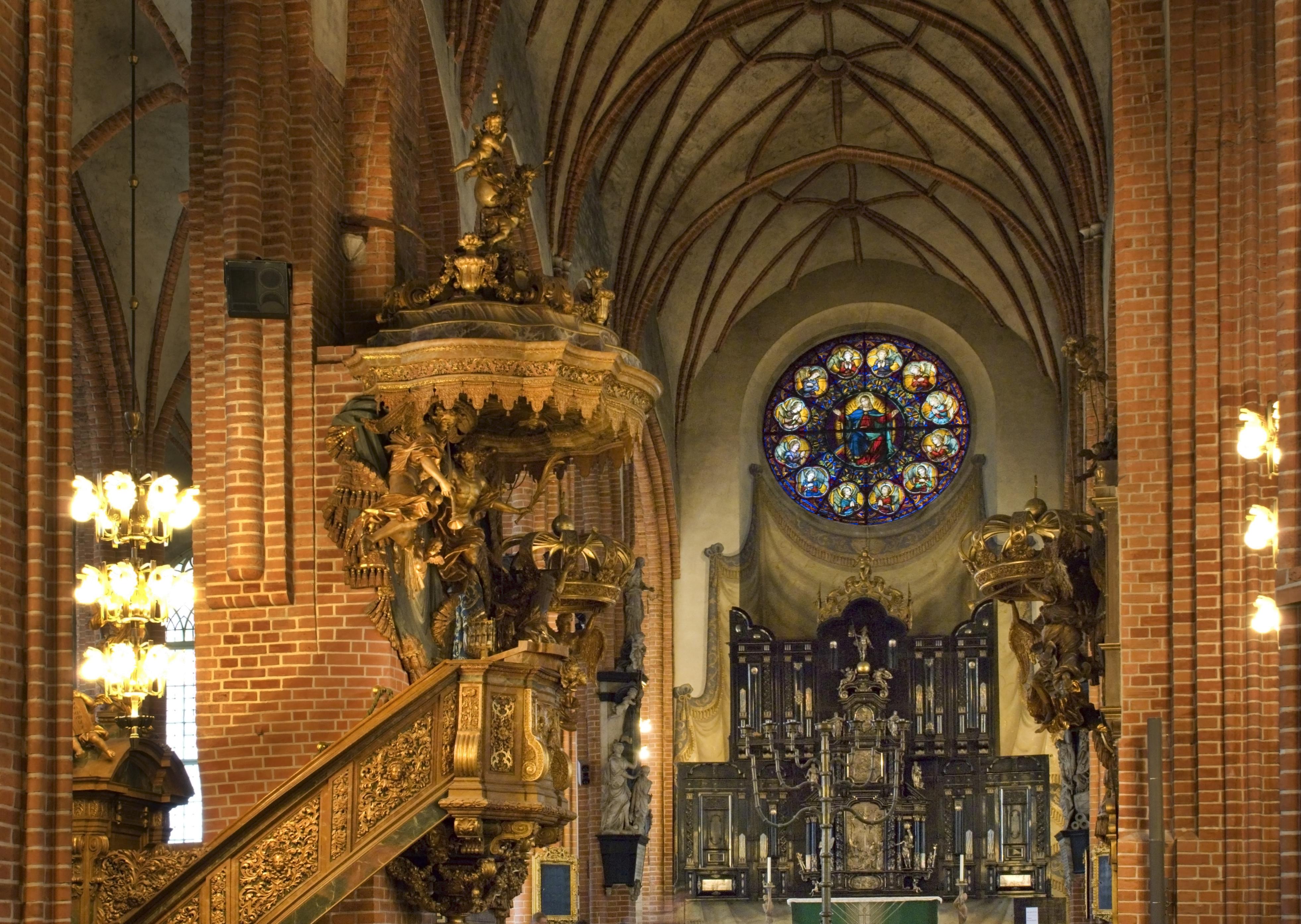 Los tres grandes motivos para que visites la Catedral de San Nicolás - Noruega Circuito Todo Fiordos , Estocolmo y Copenhague