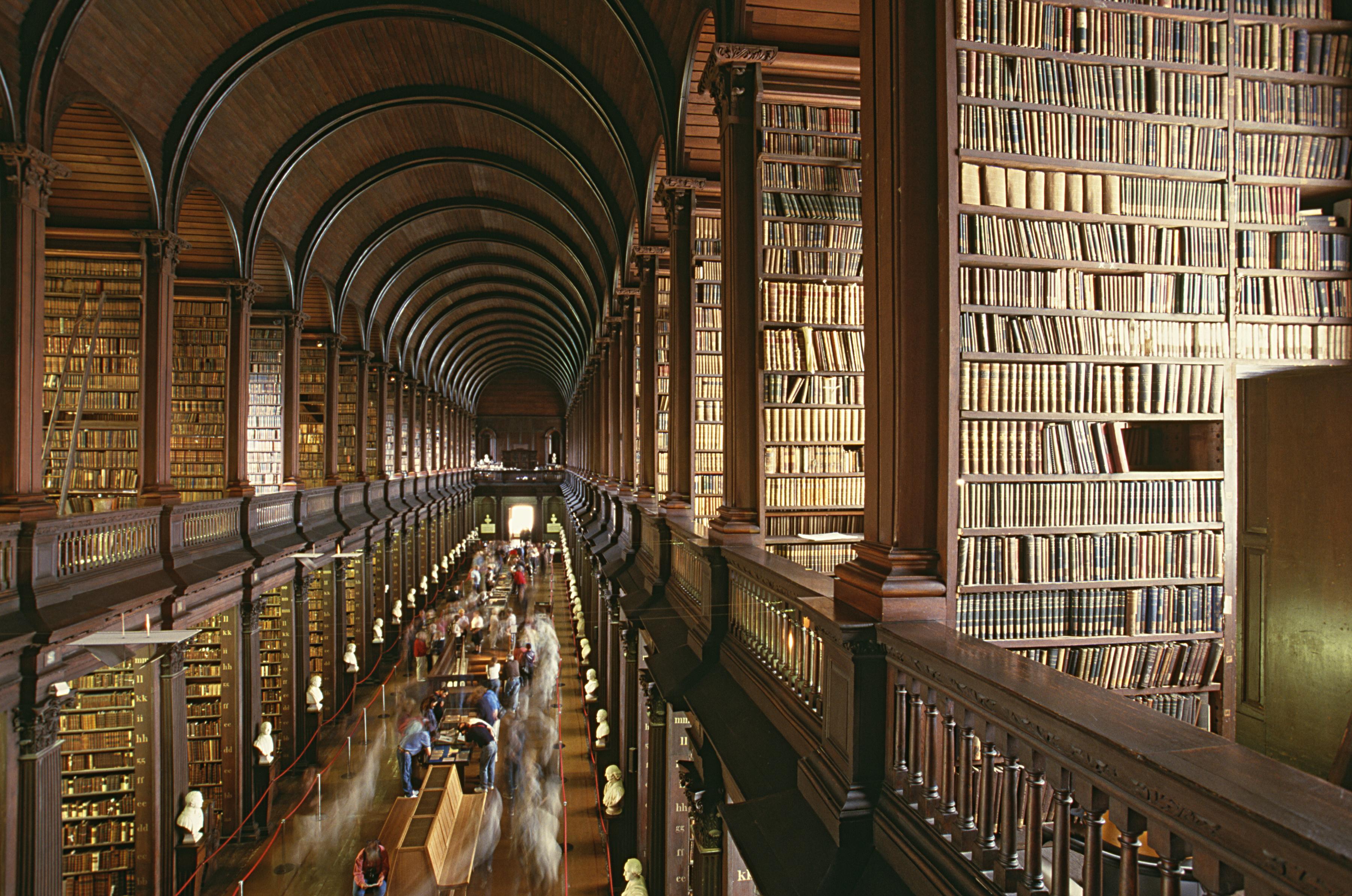 Recorre el campus del Trinity College - Irlanda Circuito Irlanda Fantástica y Sur