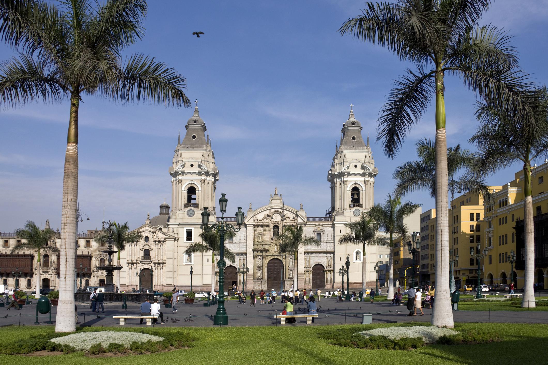 Bienvenido a una ciudad bulliciosa y llena de contrastes - Perú Gran Viaje Lo mejor de Perú