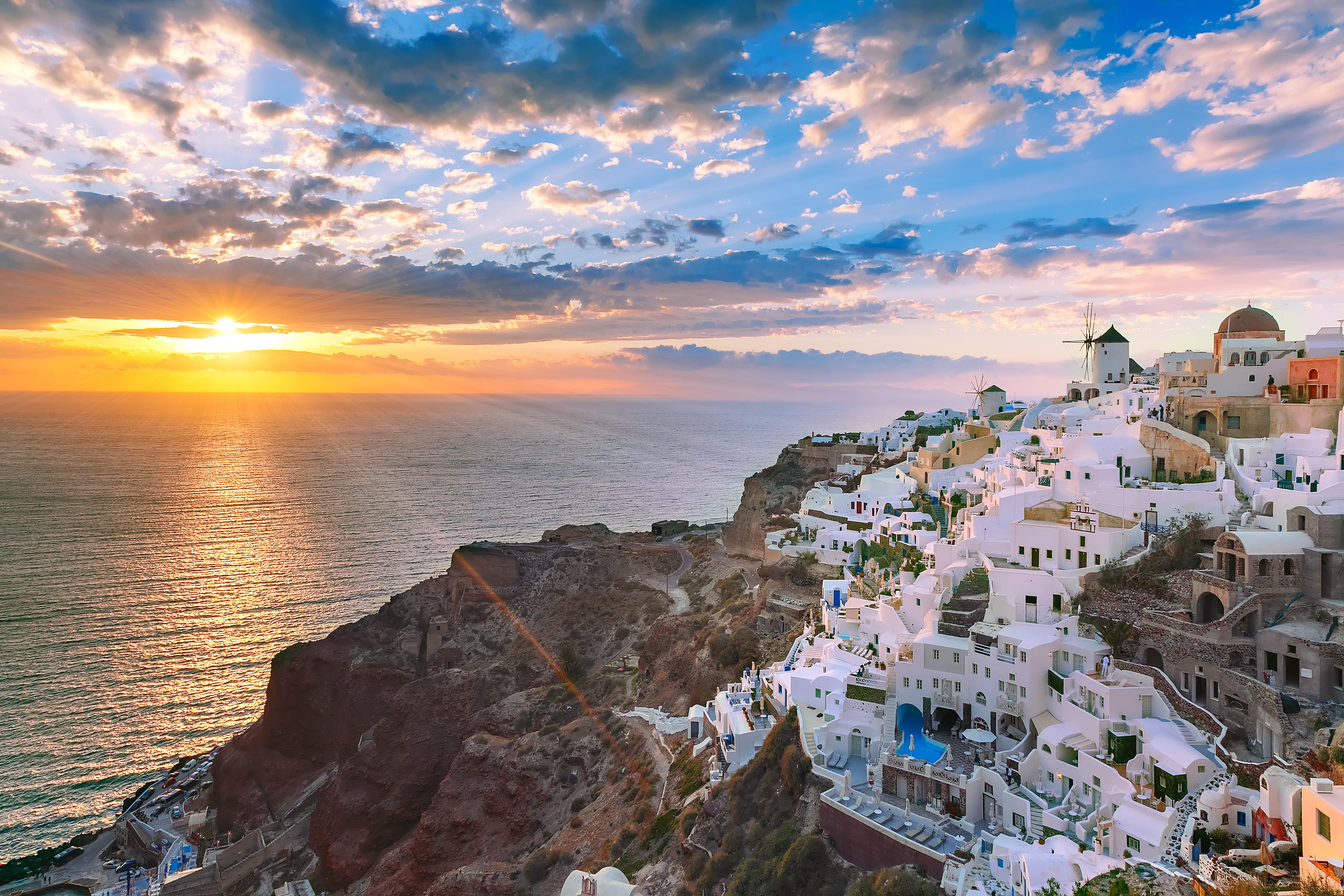¿Quieres conocer la esencia de Santorini? Oia te la enseña - Grecia Circuito Lo Mejor de Turquía, Crucero por el Egeo y Atenas