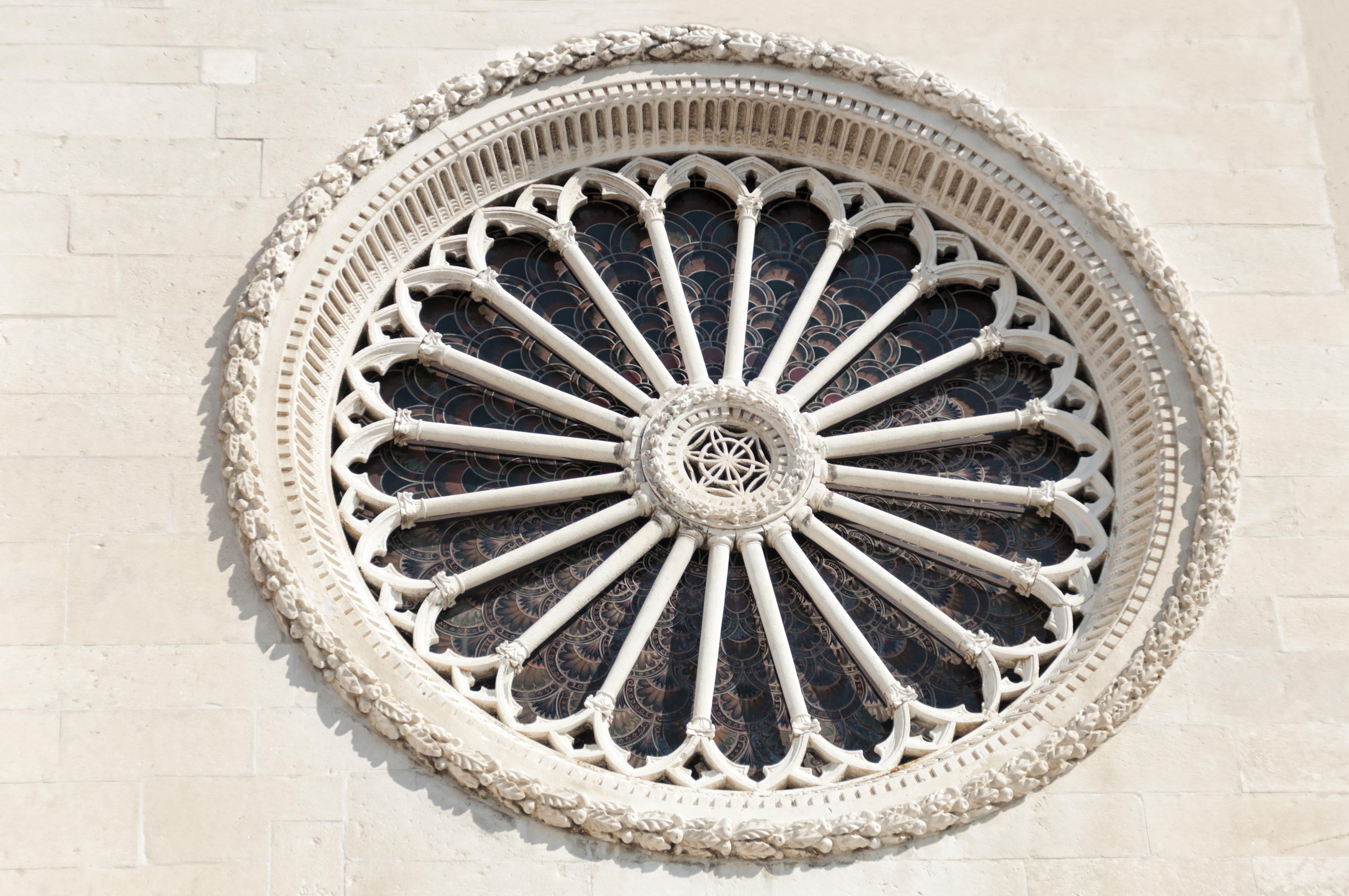 Descubre por qué los habitantes de Sibeik presumen de su catedral de San Jacobo - Croacia Circuito Lo Mejor de Croacia y Bosnia