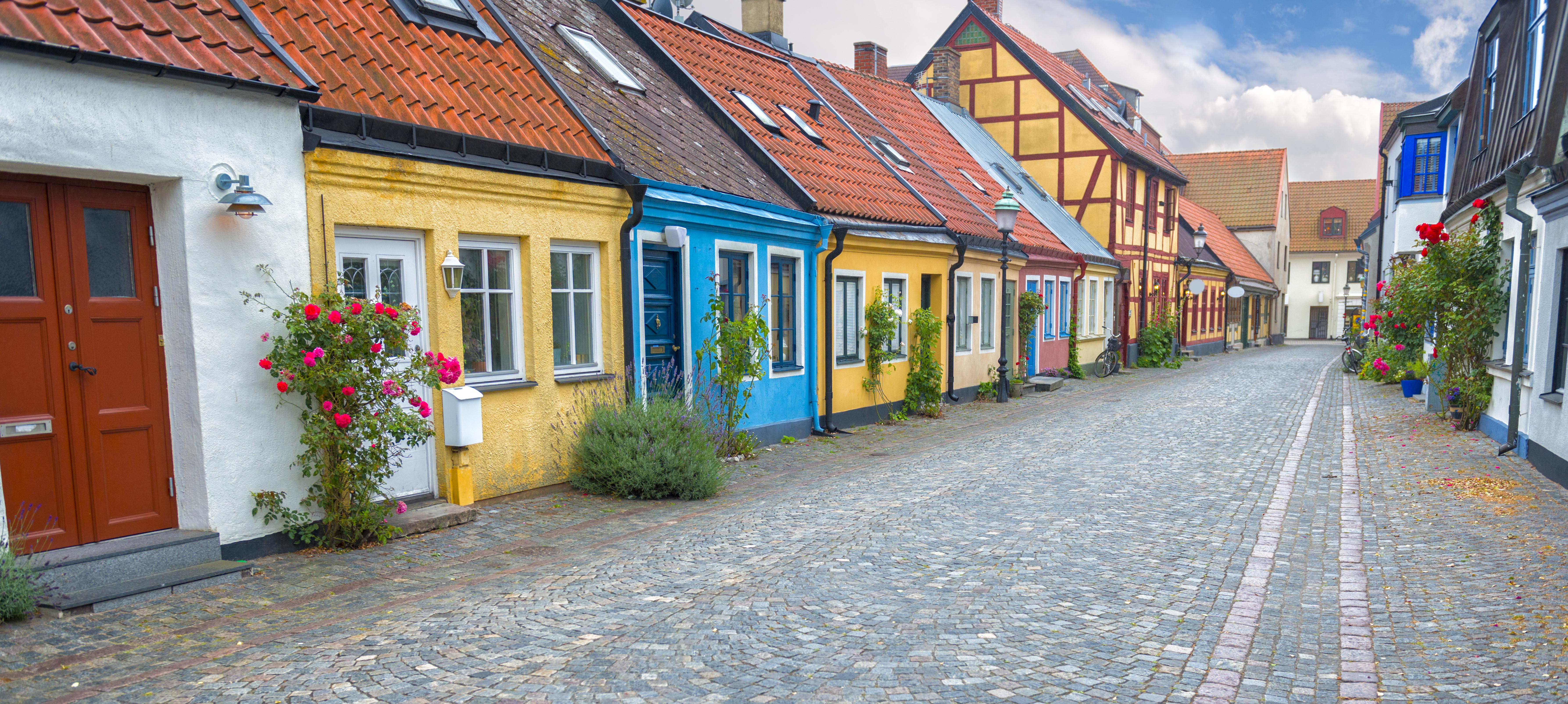 Recorre las laberínticas callejuelas de Gamla Stam - Suecia Circuito Estocolmo y Fiordos