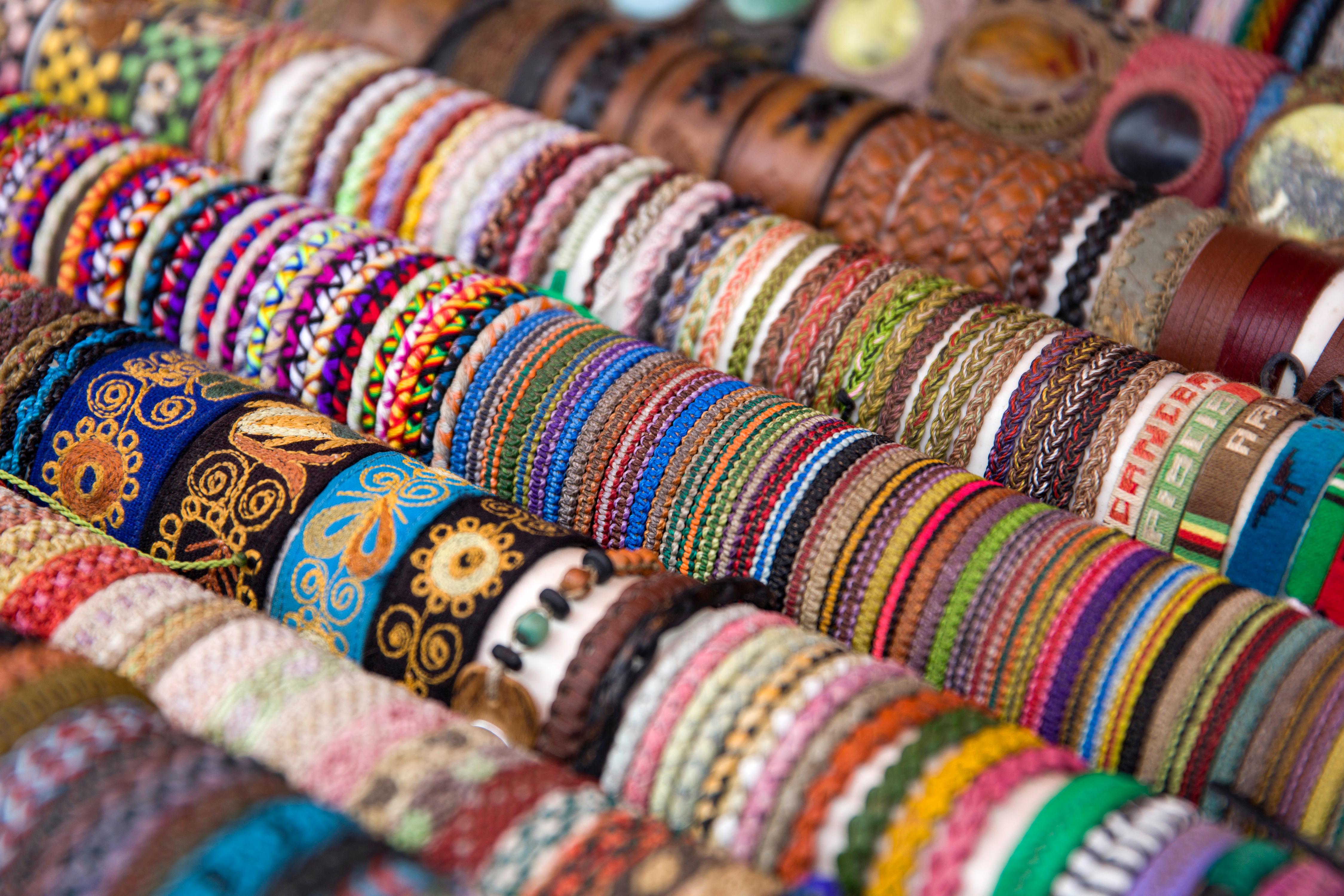 En Artecampo se encuentra la mejor artesanía de la ciudad - Bolivia Gran Viaje Bolivia Increíble