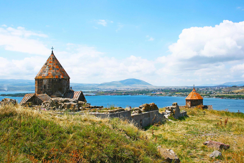 Admira los increíbles monasterios armenios - Armenia Circuito Armenia, la leyenda de Noé