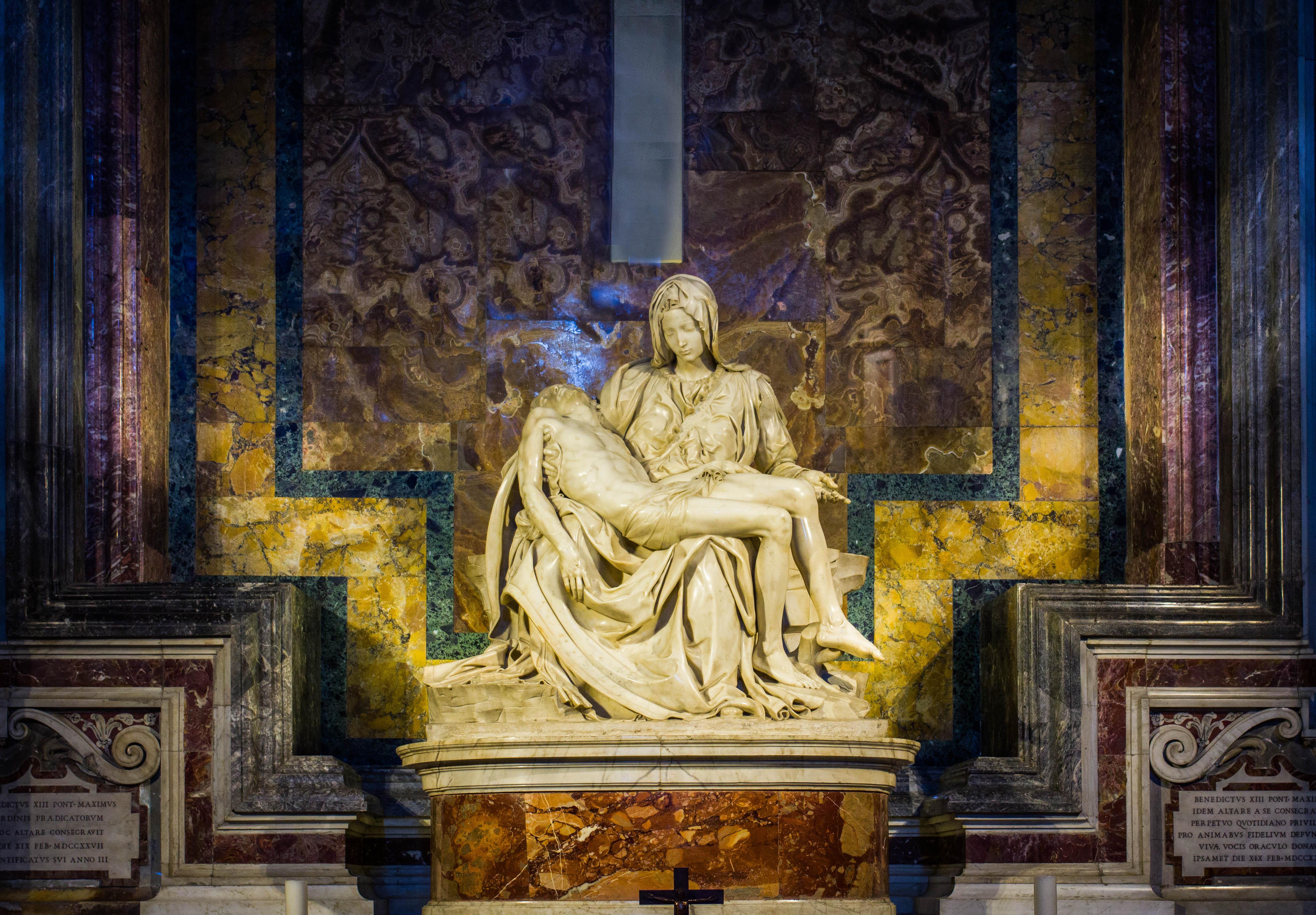 El Vaticano, el país más pequeño del mundo  con los mayores tesoros del cristianismo - Italia Circuito Italia Bella I