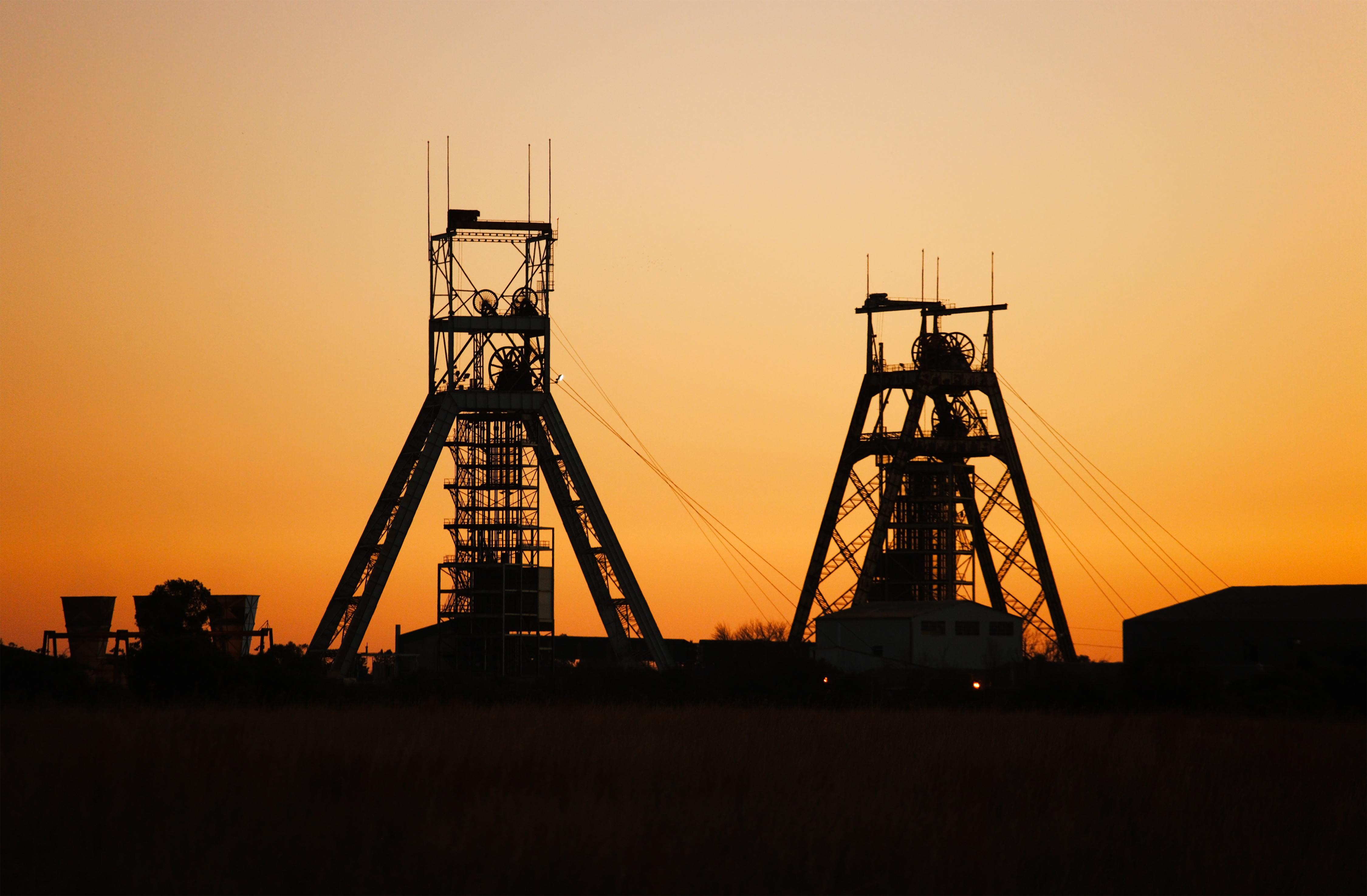 Un parque de atracciones para viajar al Johannesburgo minero - Sudáfrica Safari Kruger y Ciudad del Cabo