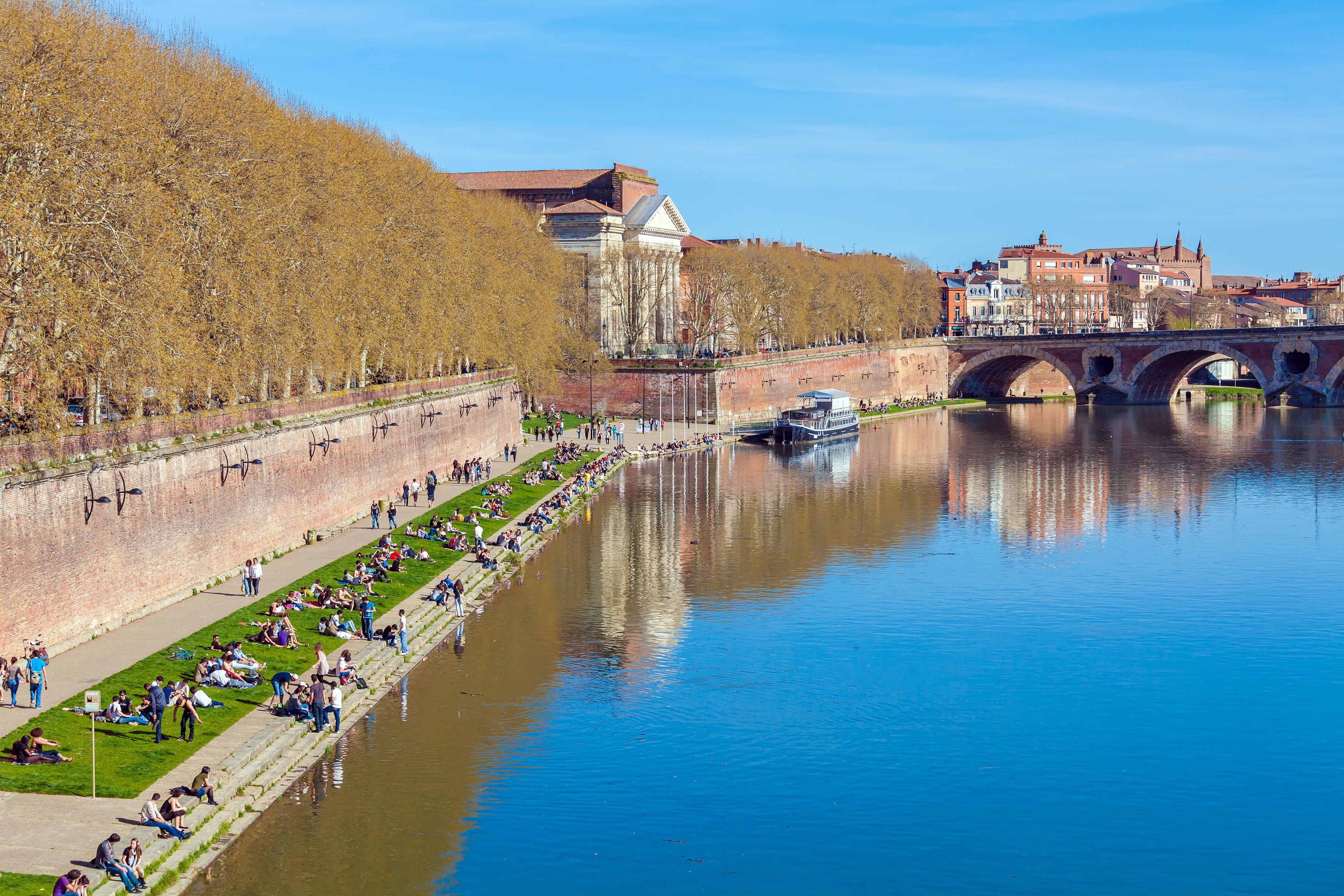 Un paseo por los canales de Toulouse - Francia Circuito Sur de Francia: de Aviñón a Toulouse