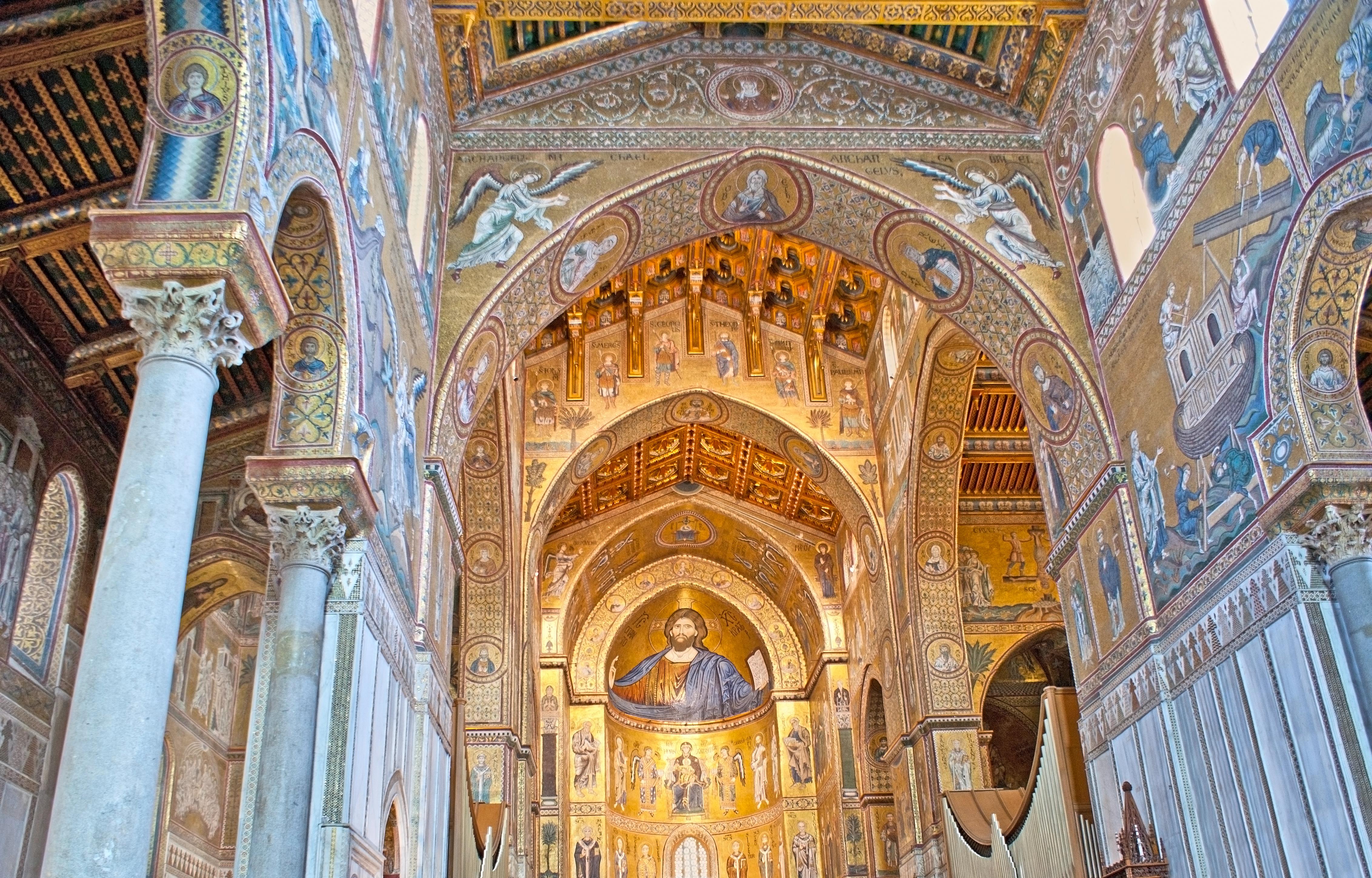 Admira los mosaicos de la Catedral de Monreale - Italia Circuito Sicilia Clásica y Nápoles