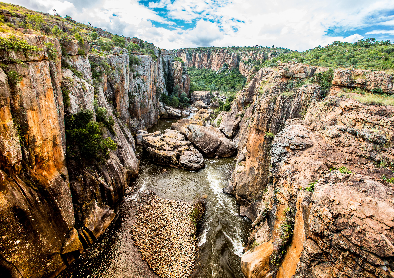Las marmitas en el punto donde se encuentran la alegría y la tristeza - Sudáfrica Safari Kruger y Ciudad del Cabo
