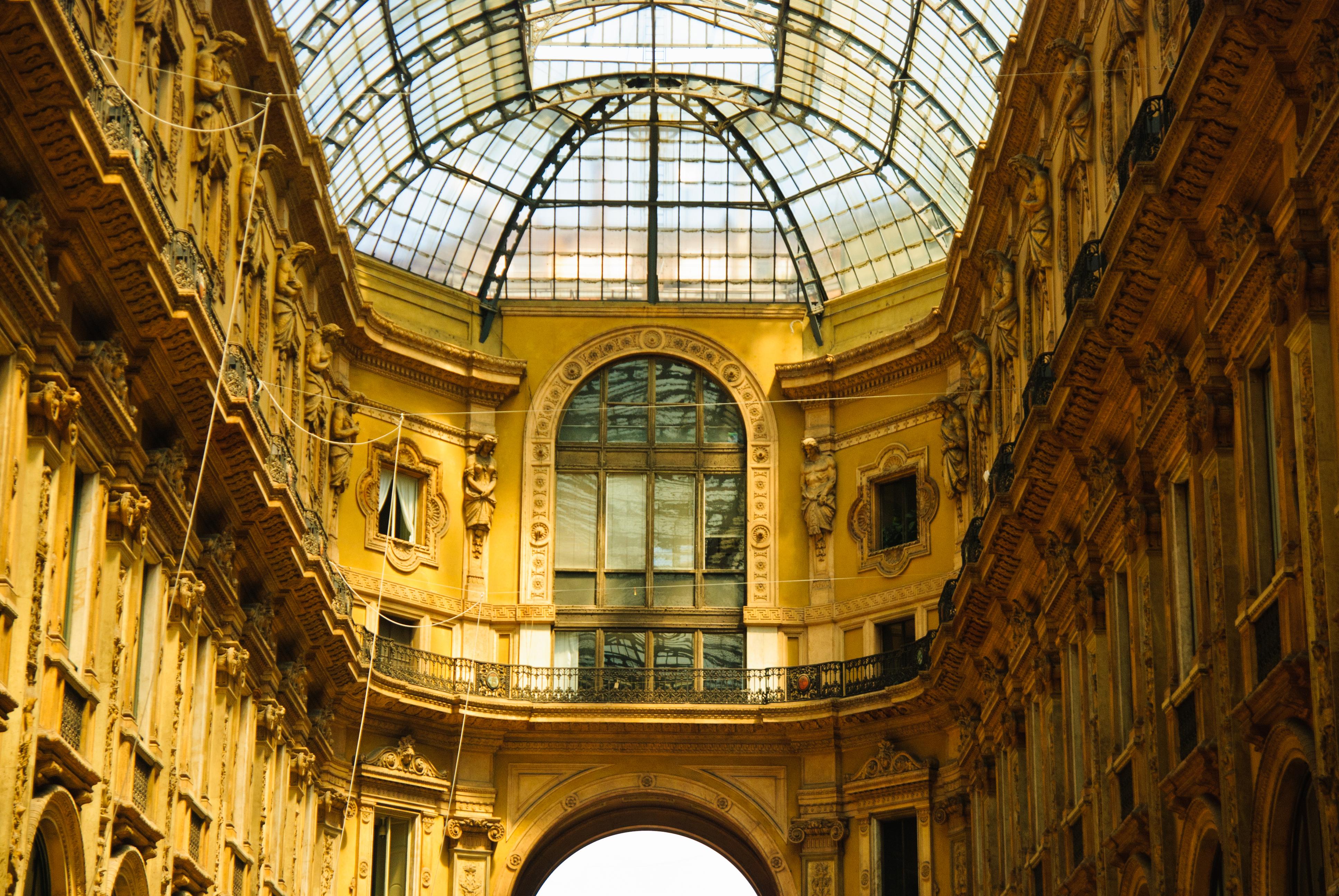 Un paseo por el lujo y el glamour más exclusivos de la galería Vittoro Emanuele II - Italia Circuito Italia Bella: de Milán a Roma