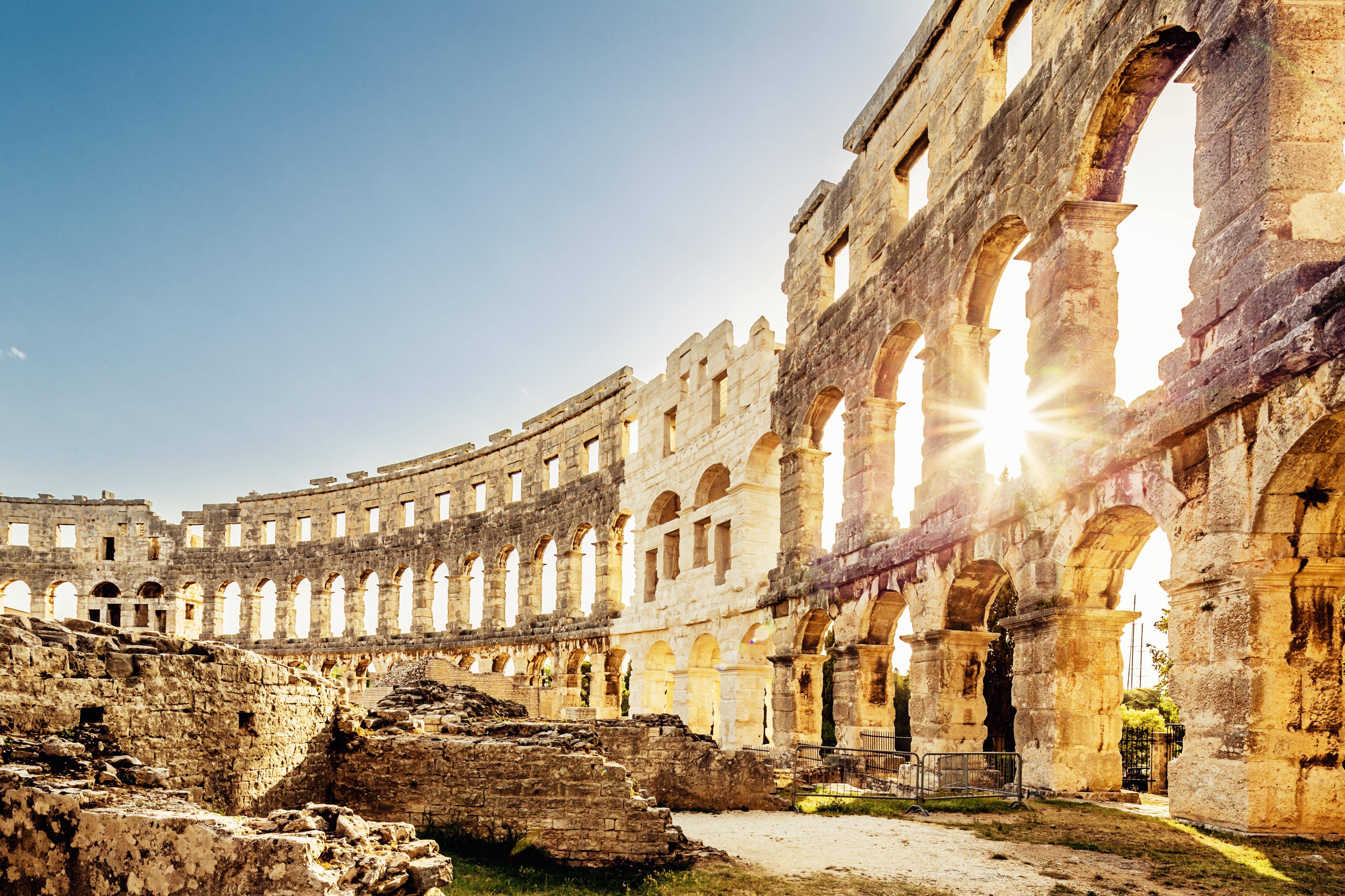 Revivir las batallas entre gladiadores en el anfiteatro de Pula - Croacia Circuito Gran tour de Croacia e Istria