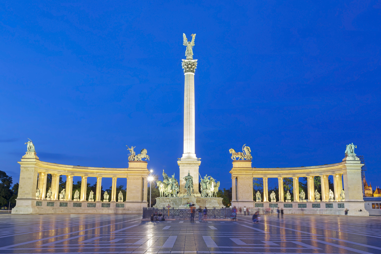 Parque Varosliget, de la Edad Media hasta nuestros días - Austria Circuito Viena y Budapest