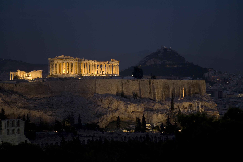 Bienvenido a la Acrópolis, soy la Puerta Propileos - Grecia Circuito Atenas y Crucero de 4 días