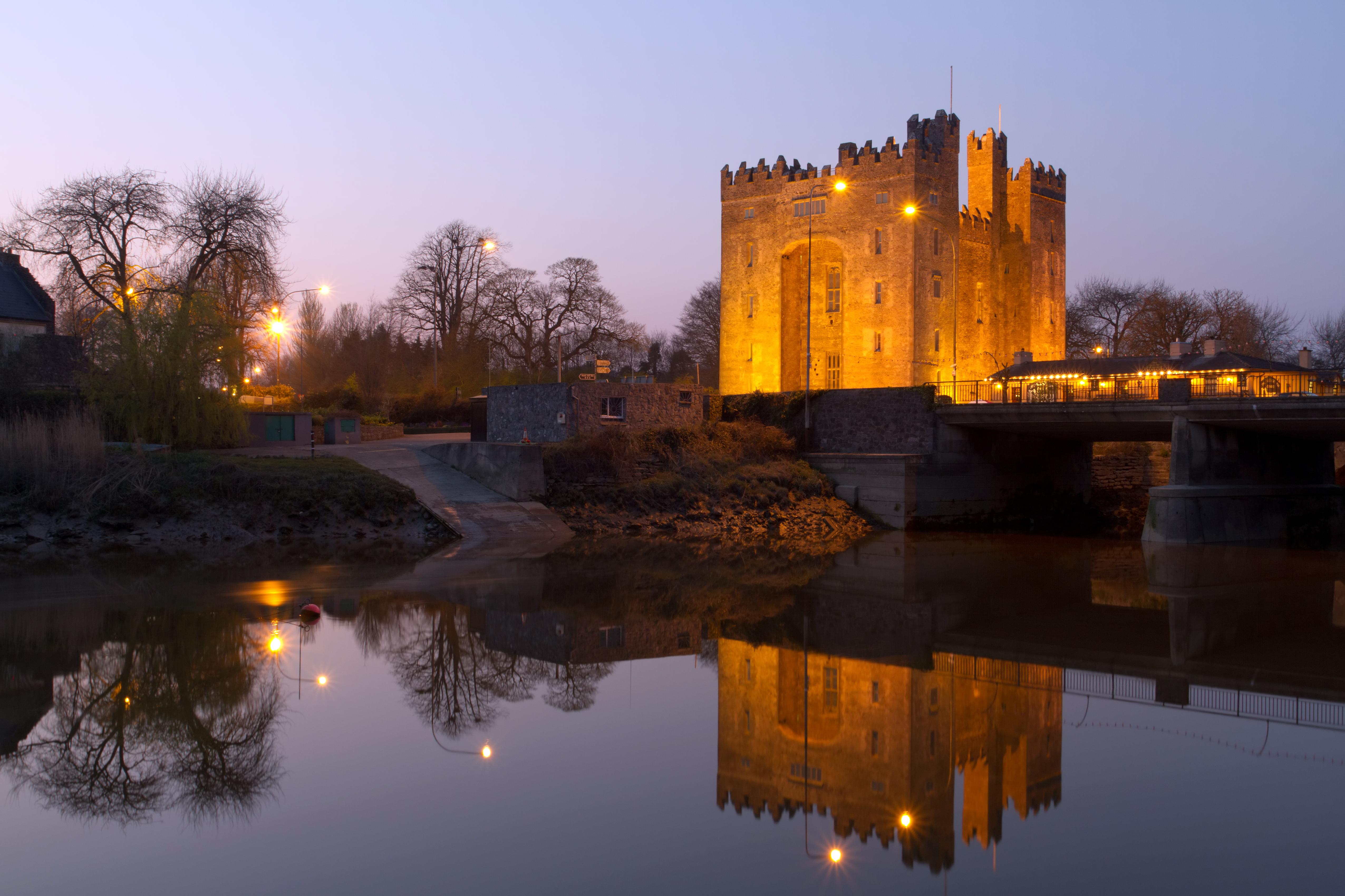 Deambula por un típico pueblo irlandés del siglo XIX - Irlanda Circuito Todo Irlanda