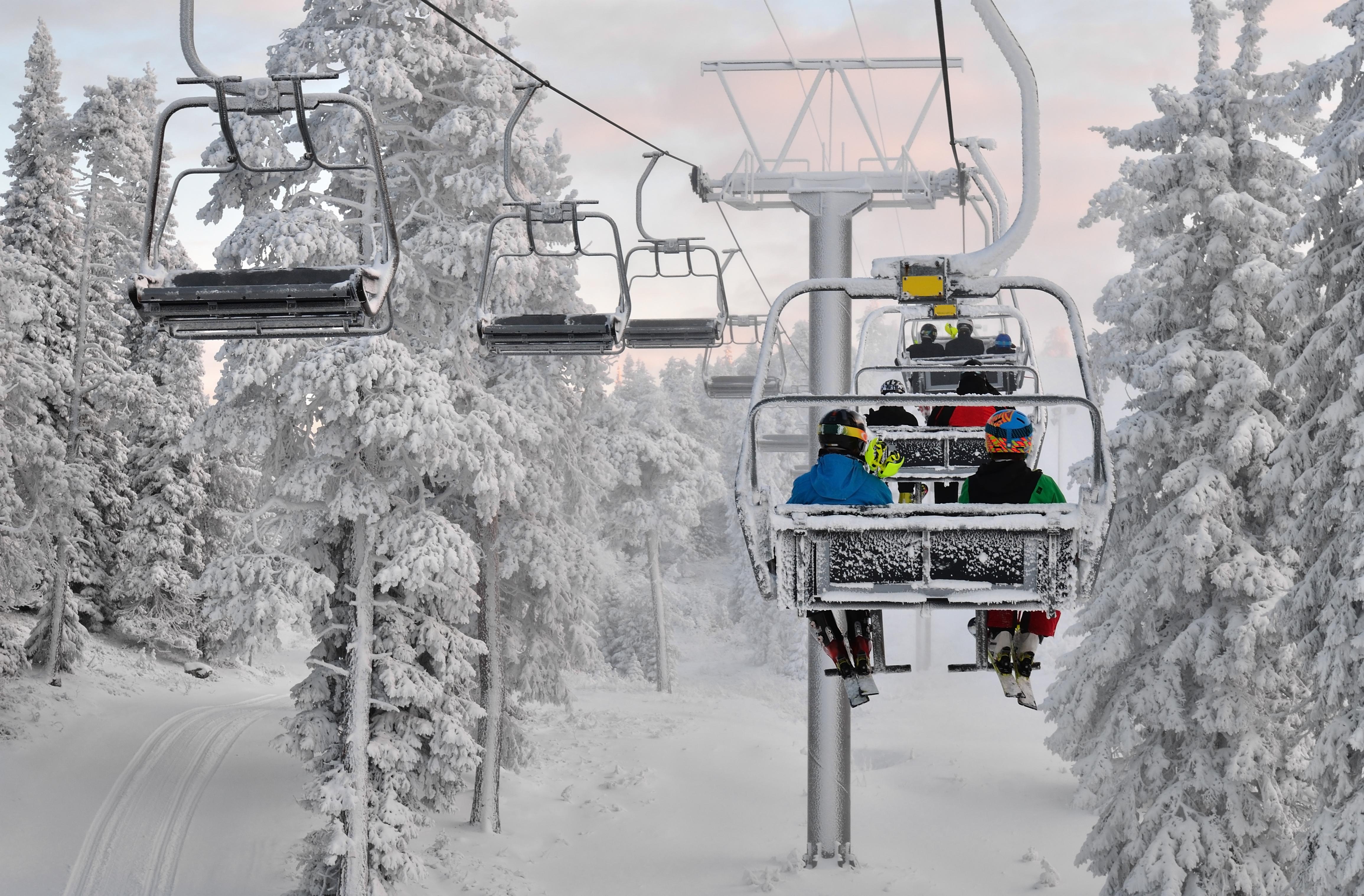 Practicar esquí de fondo en Ruka - Finlandia Circuito Laponia y Ruka