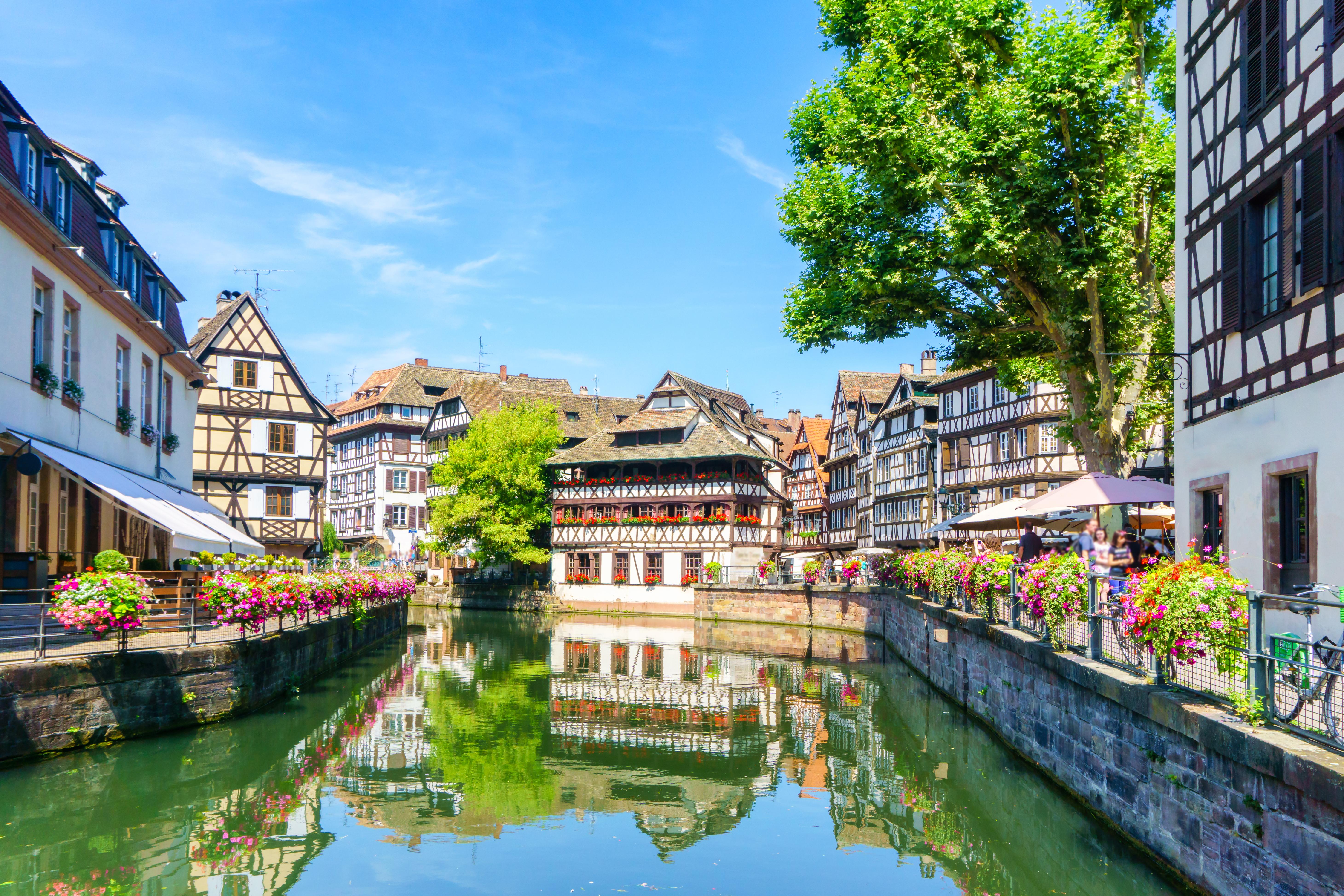 Descubre la historia de Estrasburgo, hoy signo de reconciliación y unidad - Francia Circuito La Ruta del Champagne, Luxemburgo y Alsacia