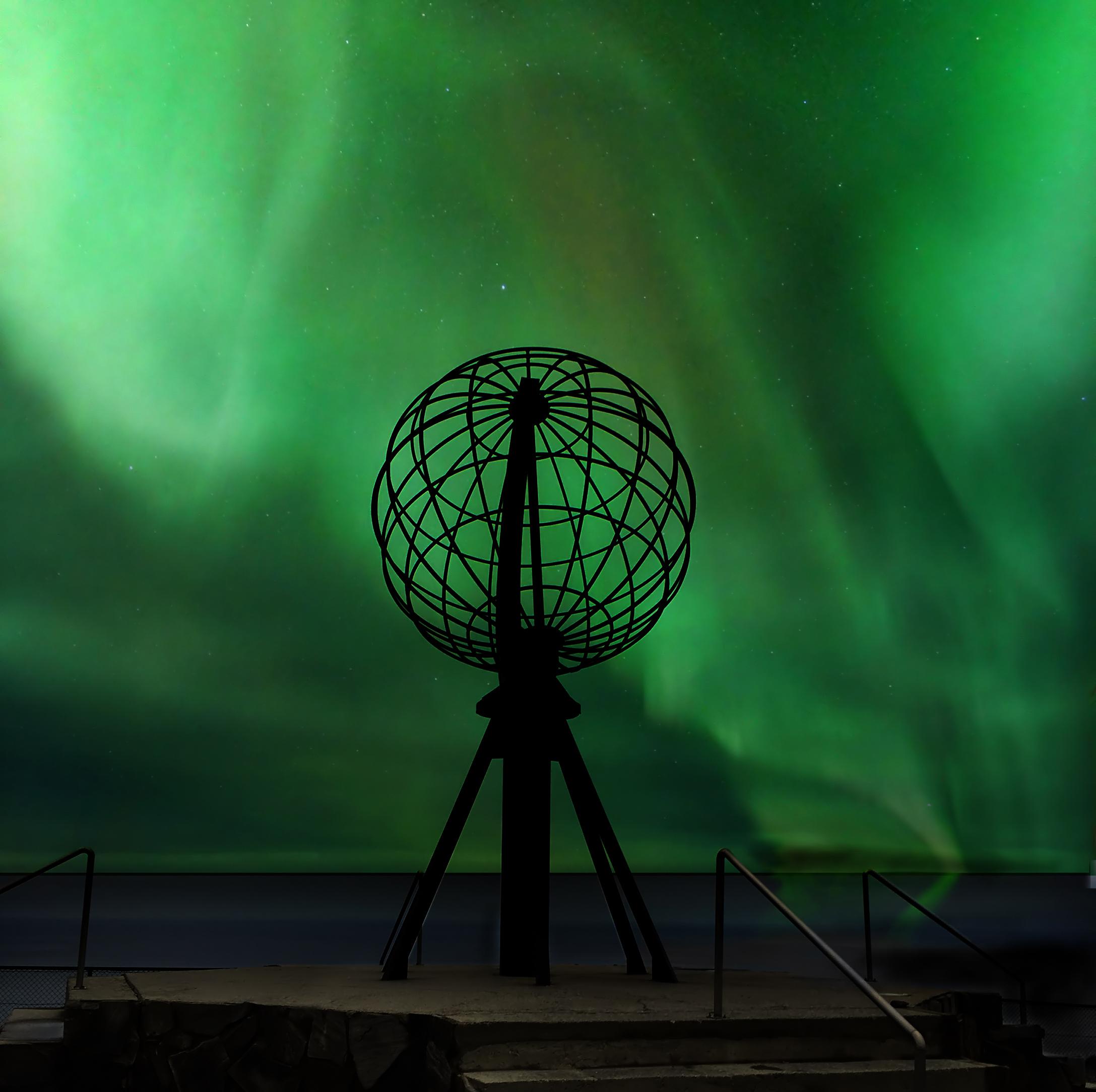 Contemplar el sol de medianoche y las auroras boreales desde Cabo Norte - Finlandia Circuito Escandinavia de Norte a Sur