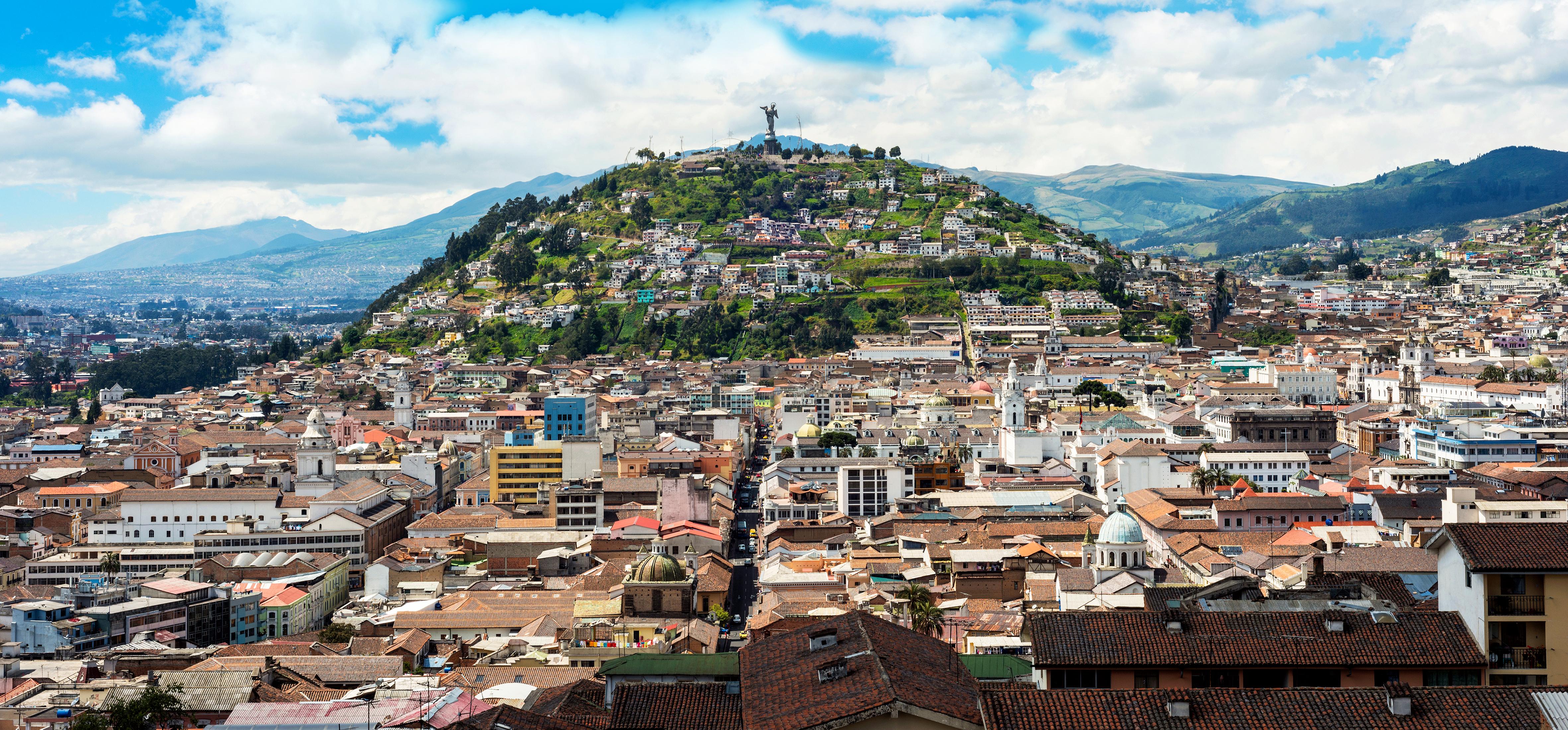 Asciende al mirador de Quito, una bella panorámica a 3000 metros de altura - Ecuador Gran Viaje Descubrimiento del Ecuador