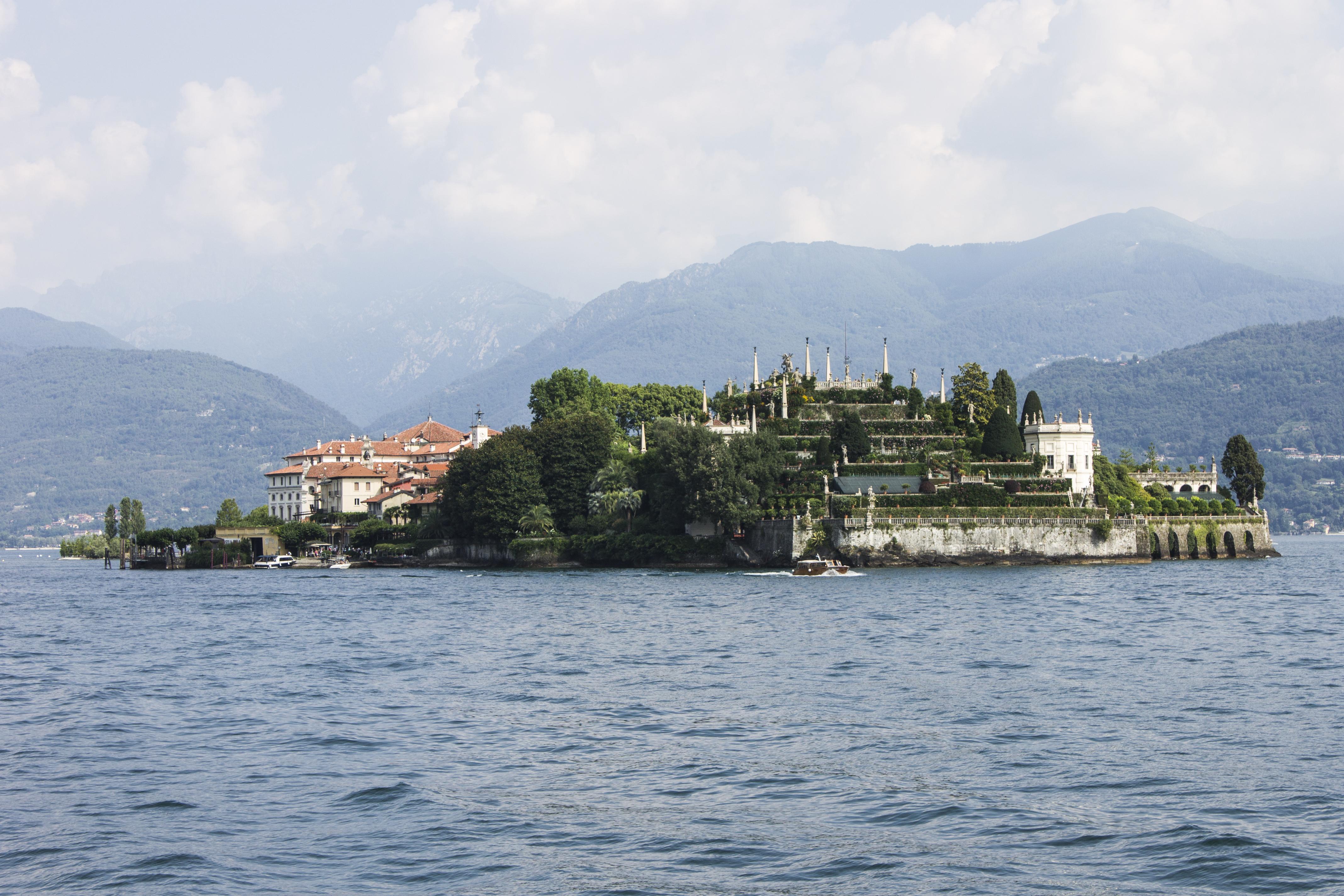 Un palacio de cuento en isla Bella - Italia Circuito Lagos italianos