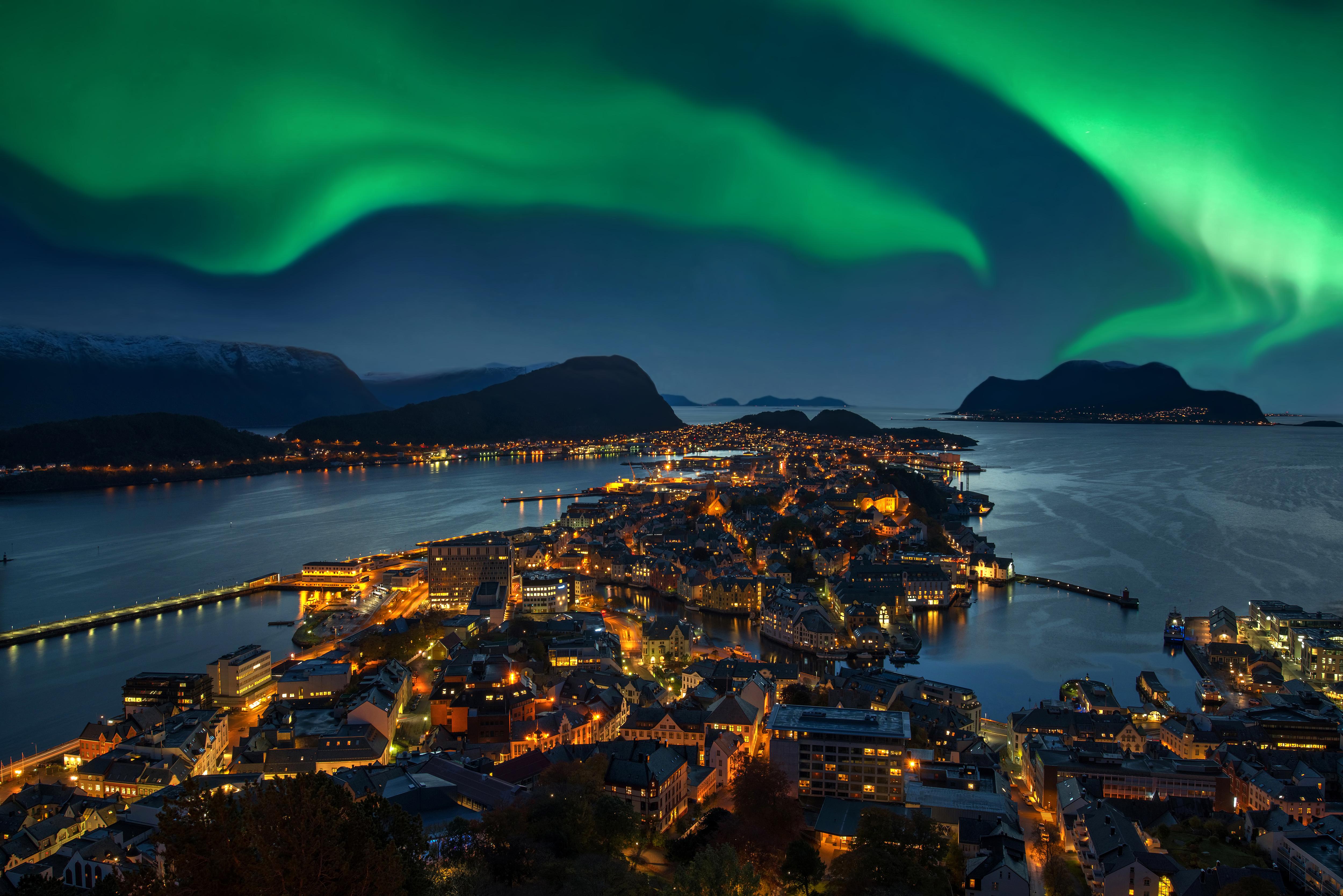 Descubre la capital del Art Nouveau - Noruega Circuito Todo Fiordos