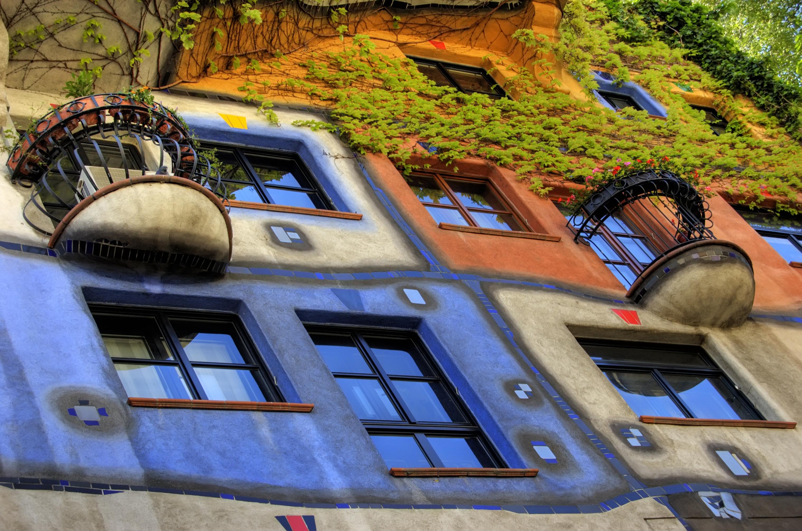 Hundertwasserhaus, un canto a cambiar el mundo - Austria Circuito Viena y Budapest