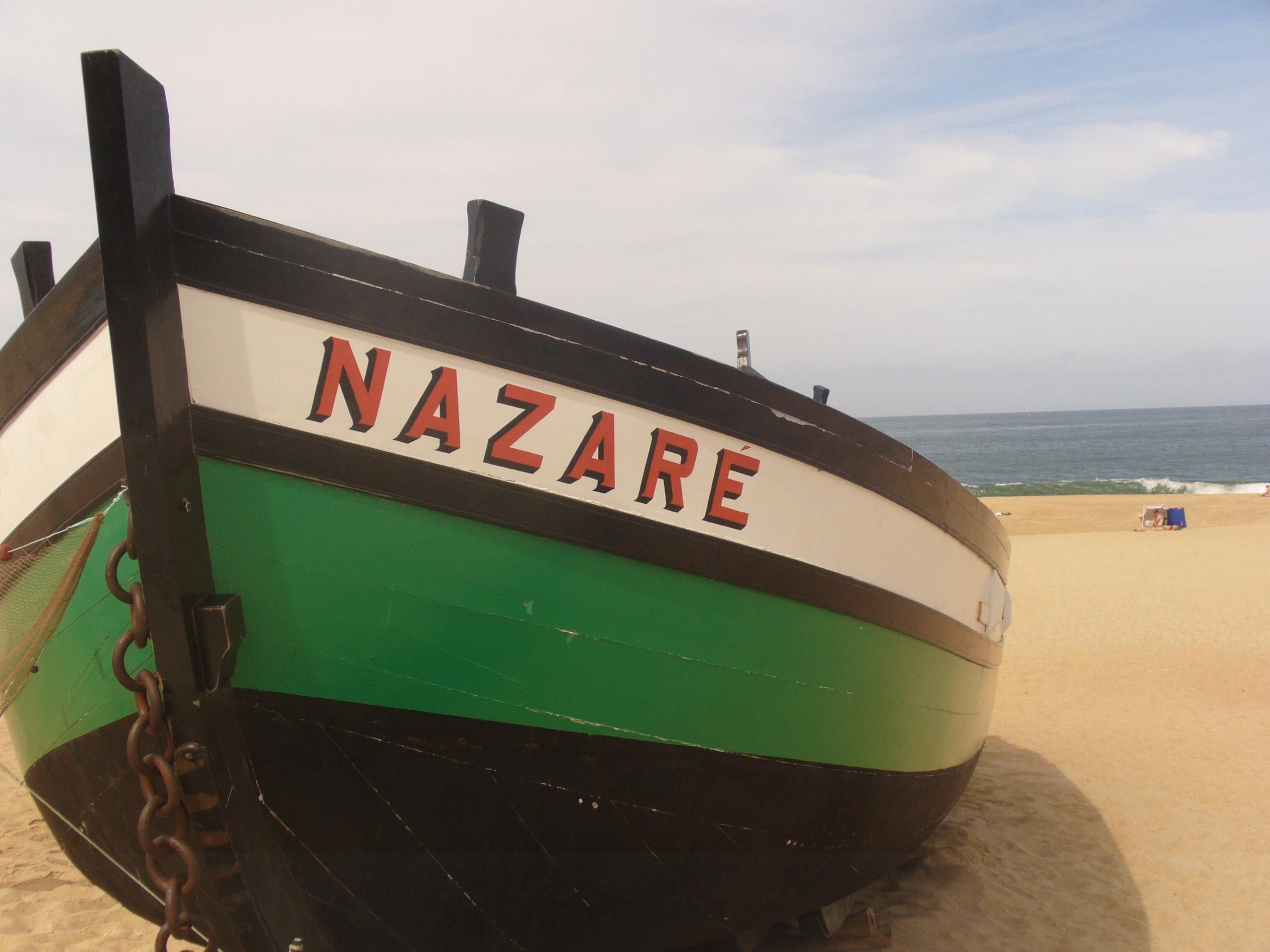 De compras por el pueblo pesquero más famoso de Portugal - Portugal Circuito Todo Portugal: de Oporto a Lisboa