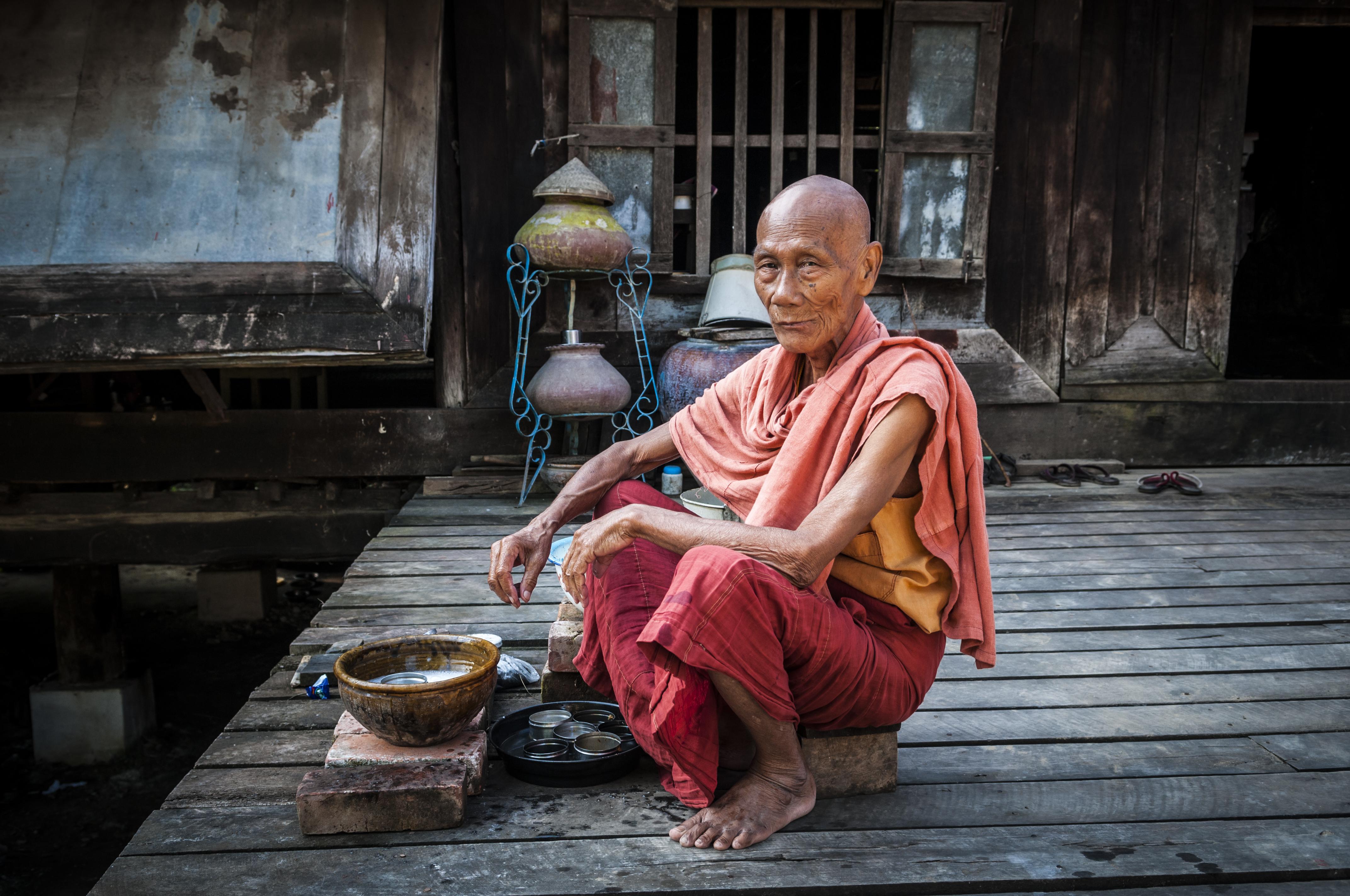 El longyi, la prenda típica de Myanmar - Myanmar Gran Viaje Myanmar esencial
