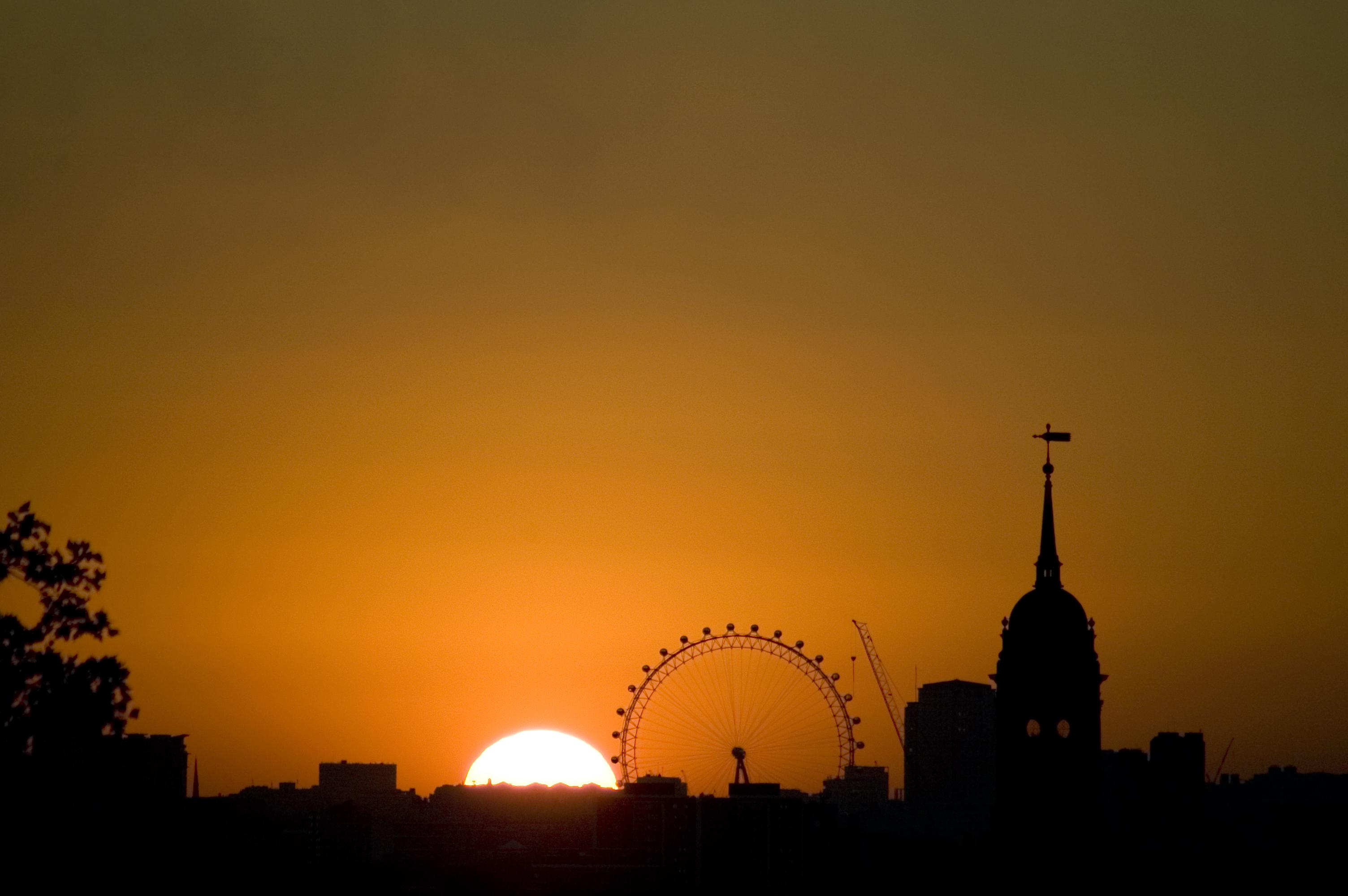 Sube a la noria de Londres  y disfruta de una vista de altura - Inglaterra Circuito Londres y Lo Mejor de Los Países Bajos