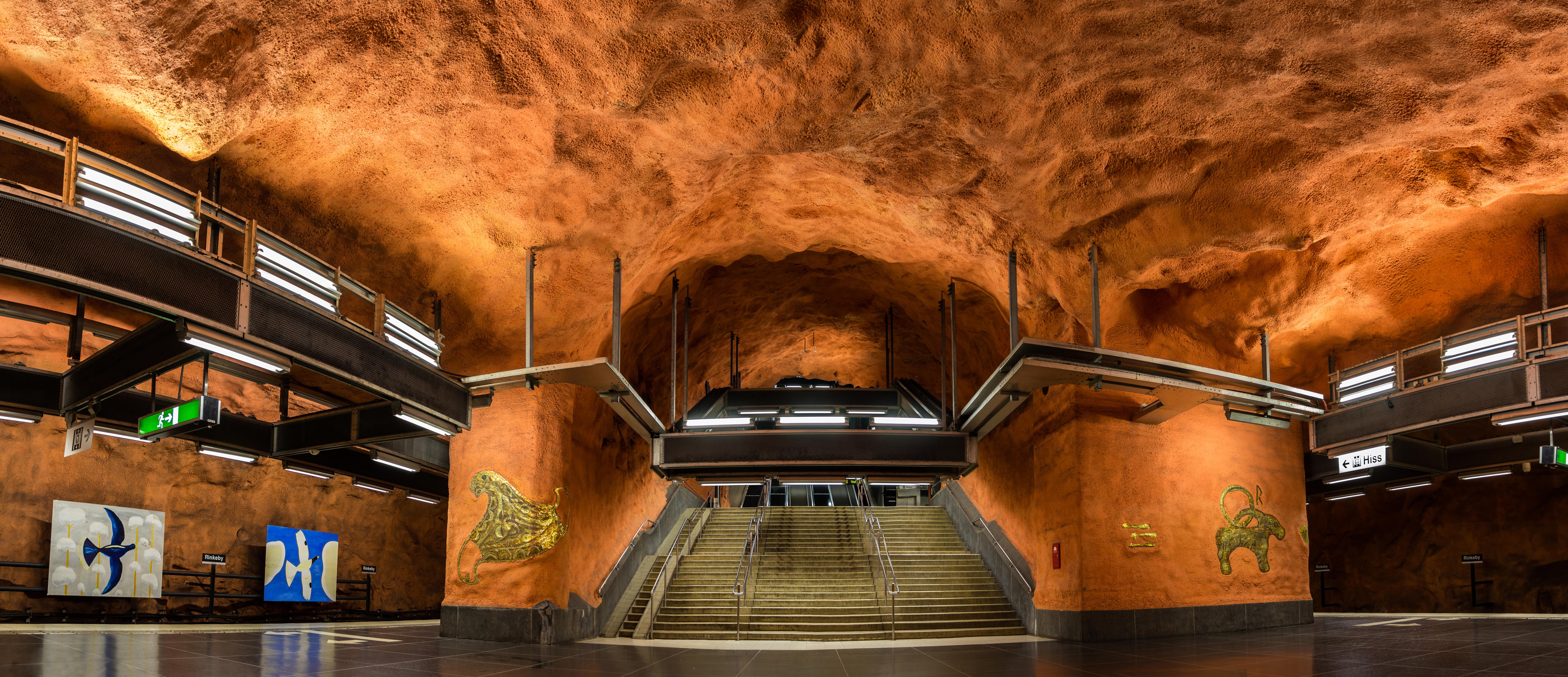 Arte subterráneo en el metro de Estocolmo - Dinamarca Circuito Repúblicas Bálticas y Capitales Nórdicas