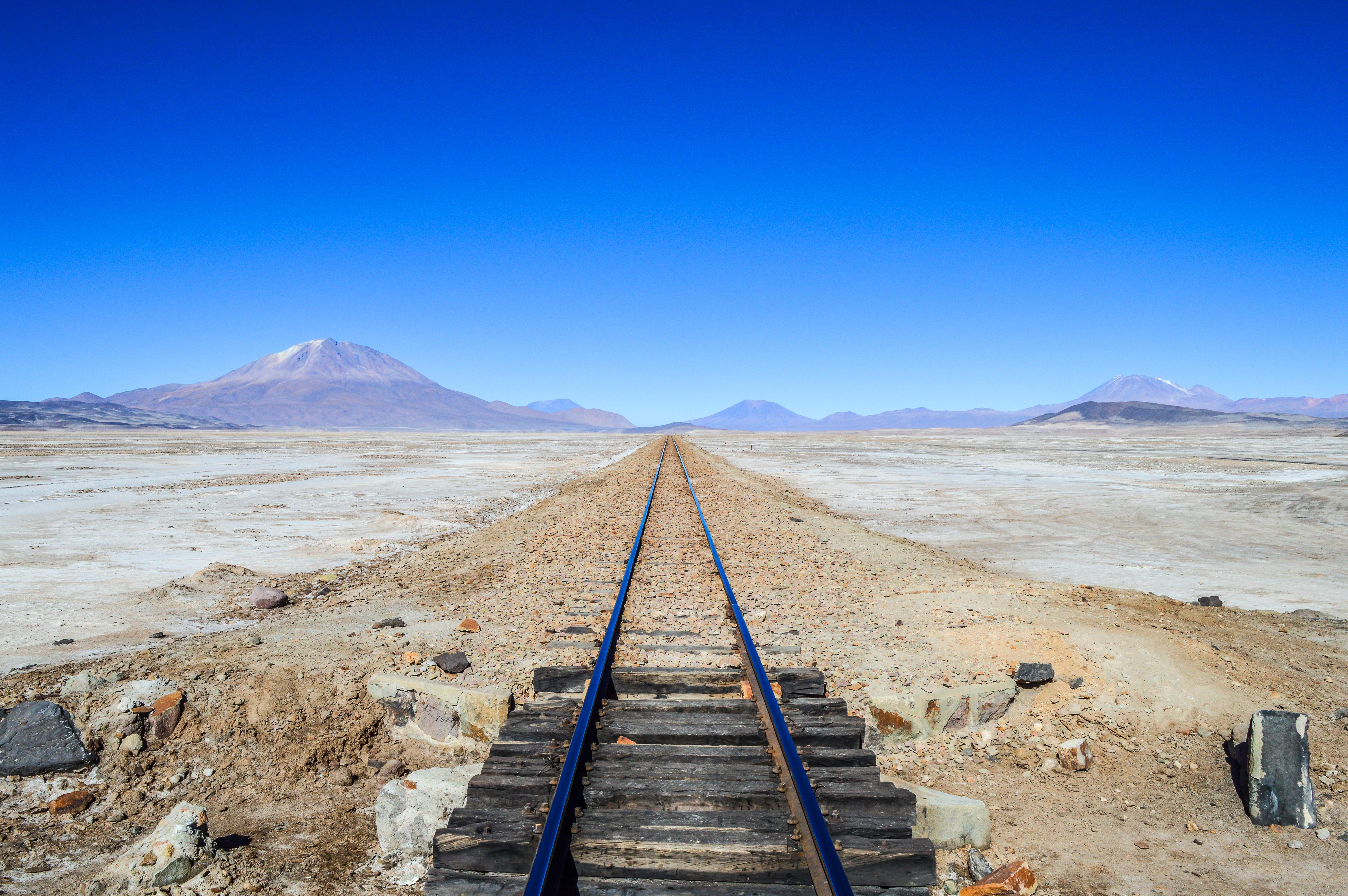 Explora el cementerio de trenes a tu aire - Bolivia Gran Viaje Lo mejor de Bolivia