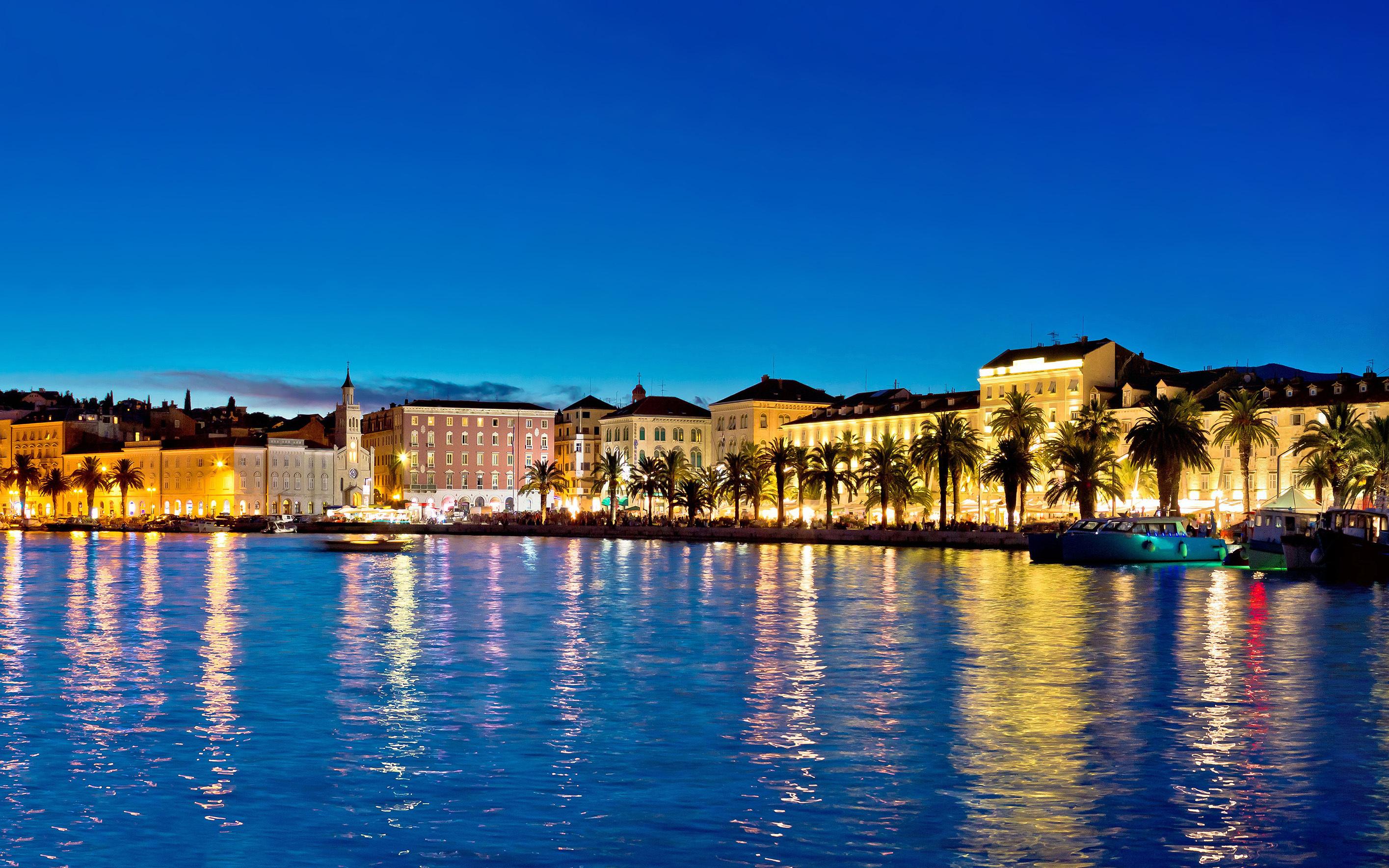 Un paseo por La Riva, el paseo marítimo de Split - Croacia Circuito Gran tour de Croacia e Istria