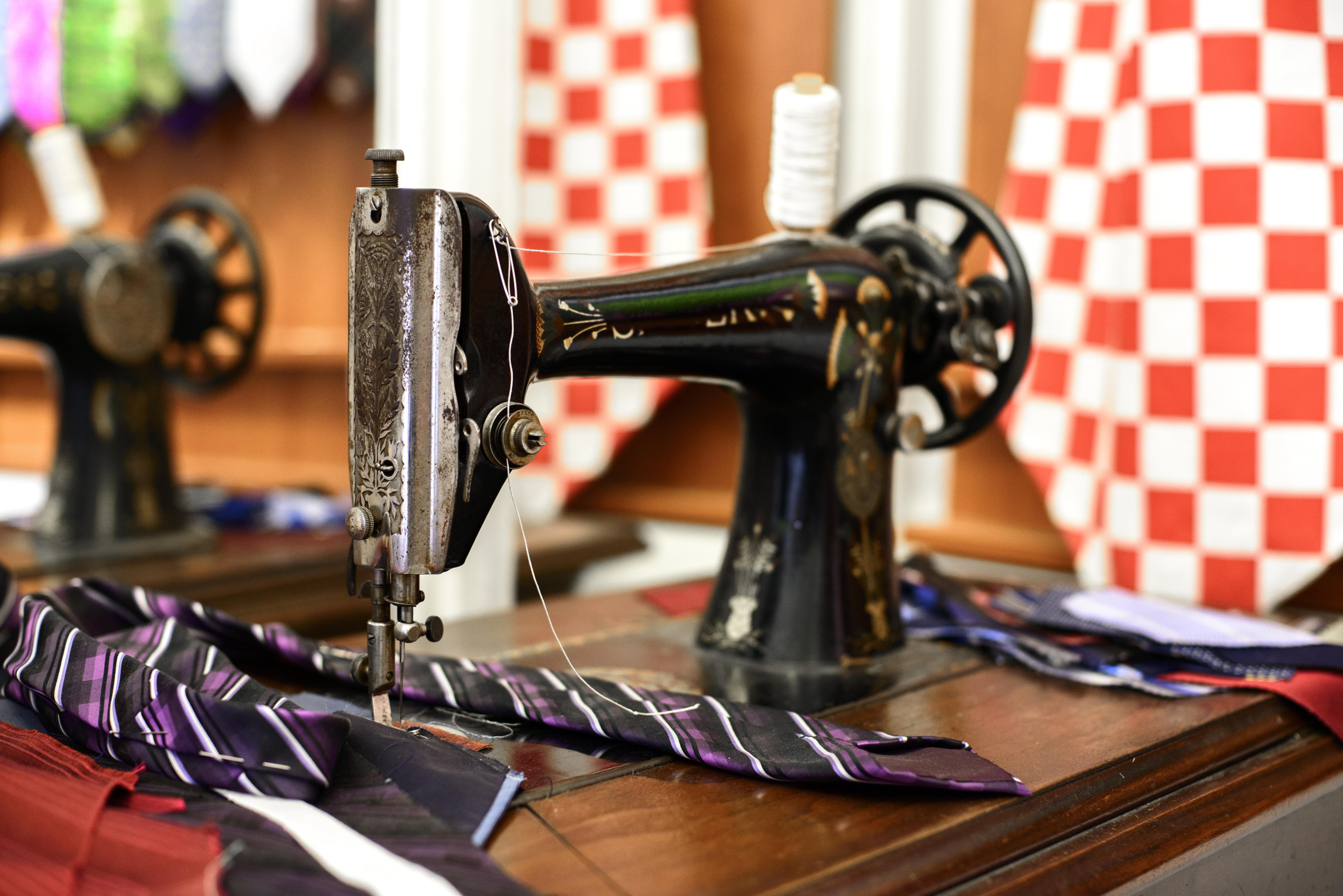 No te sorprendas: una corbata es el mejor recuerdo de Croacia - Croacia Circuito Gran Tour de Croacia e Istria
