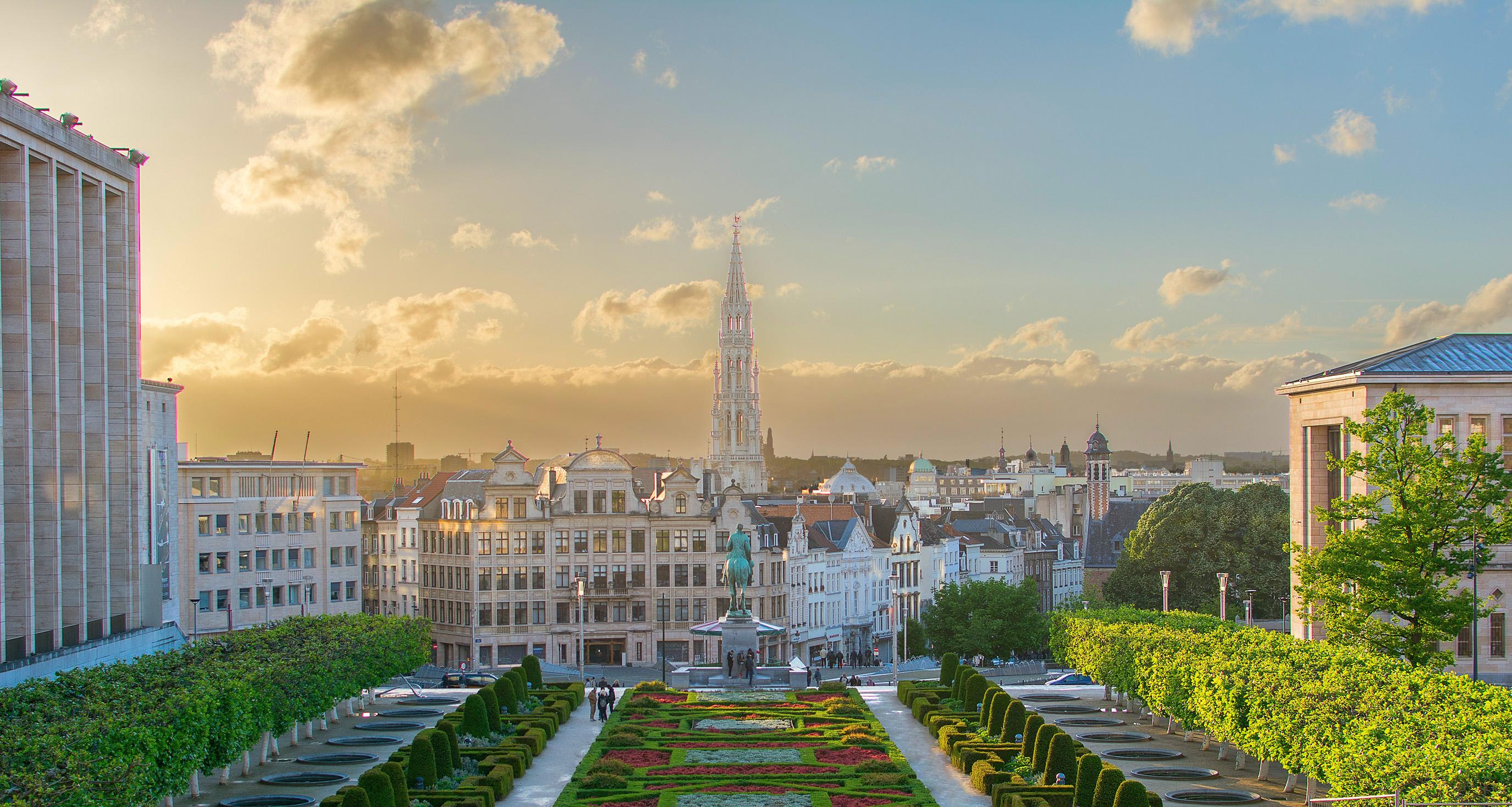 Mont des Arts, la  mejor vista de Bruselas - Bélgica Circuito Londres, Países Bajos y el Rhin