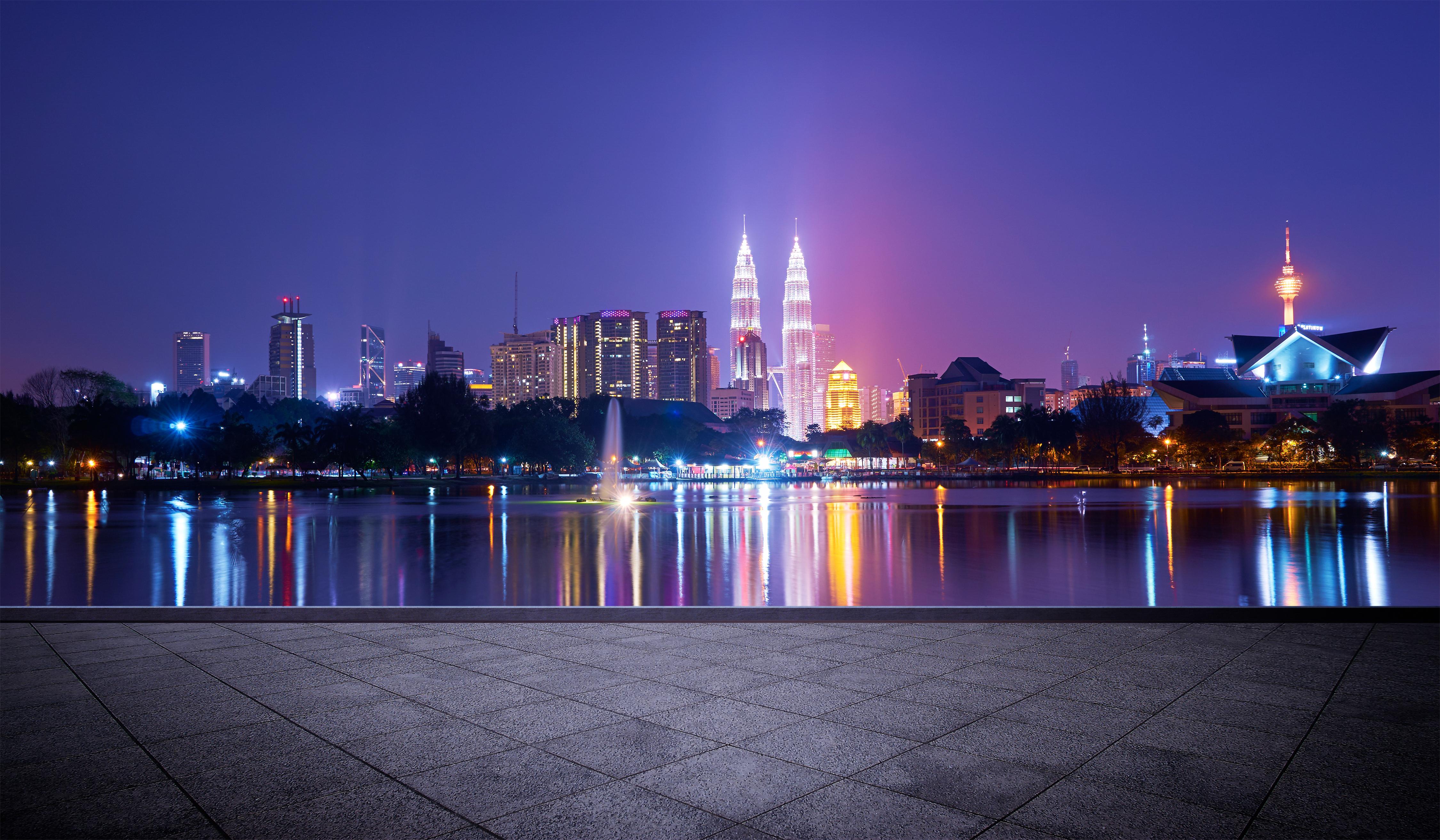 Disfruta de la vida nocturna en Kuala Lumpur - Singapur Gran Viaje Camino Colonial
