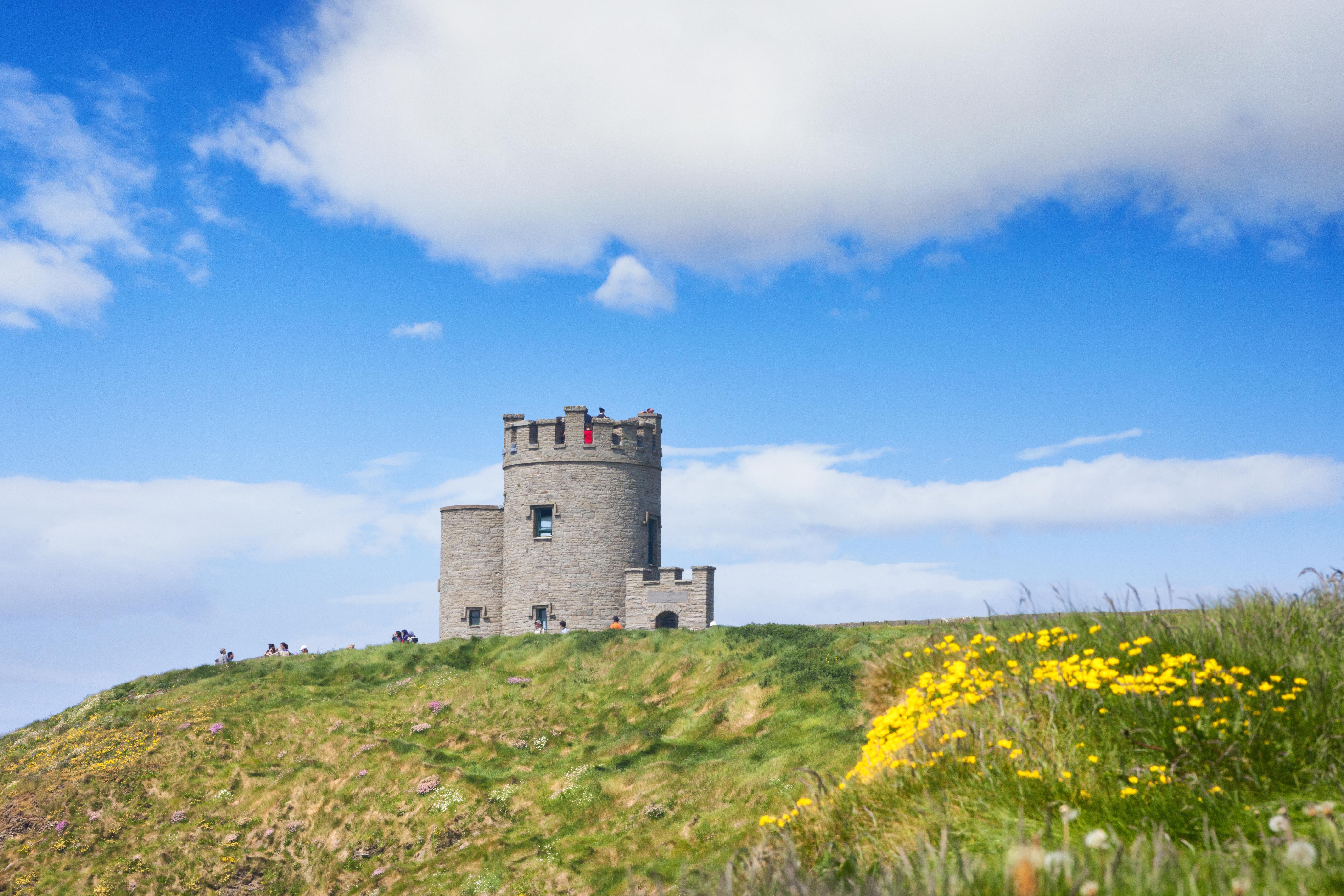 Acantilados de Moher, una de las maravillas naturales irlandesas - Irlanda Circuito Todo Irlanda