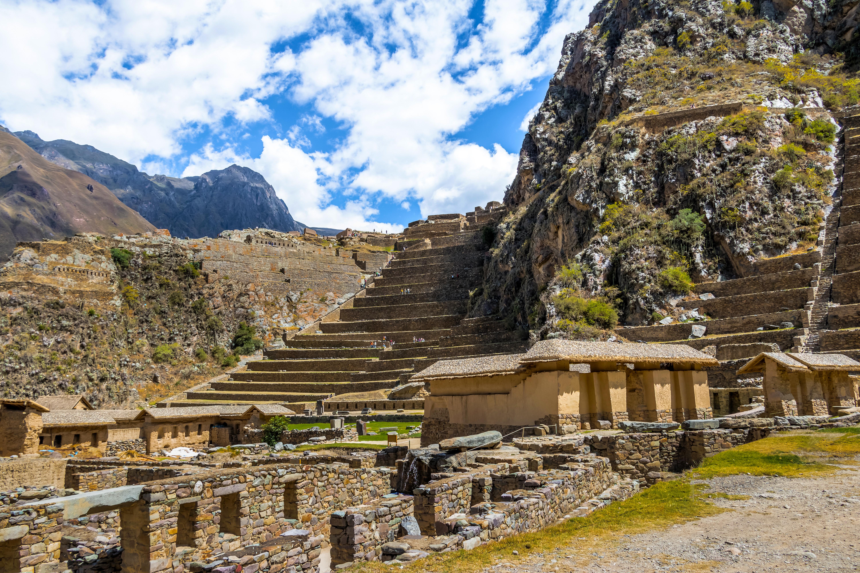 Entre pueblos indígenas, monumentos arqueológicos incas y la herencia colonial - Perú Gran Viaje Lo mejor de Bolivia y Perú