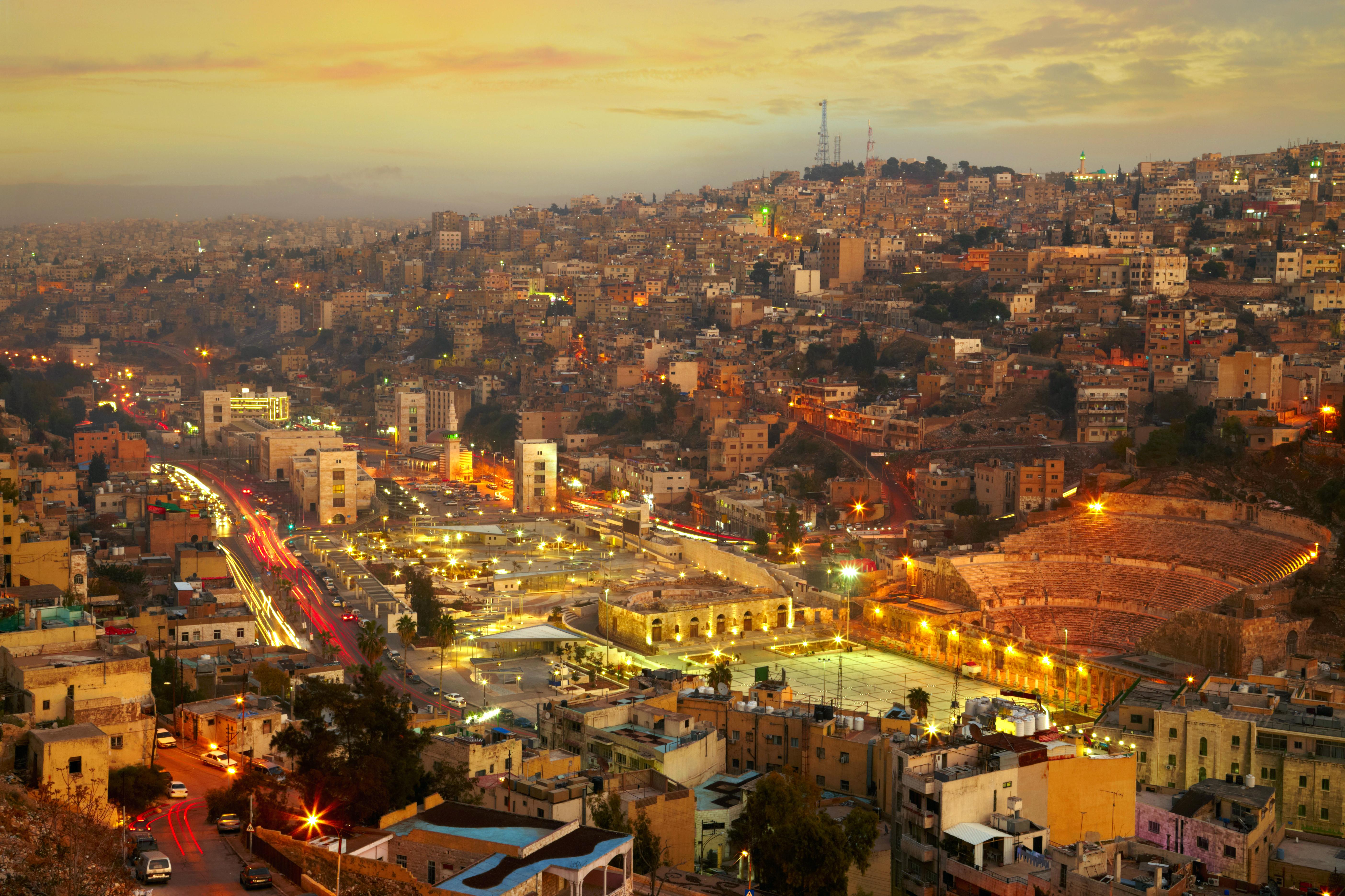 Visitar el Anfiteatro Romano de Amman - Jordania Circuito Jordania imprescindible y Jerusalén