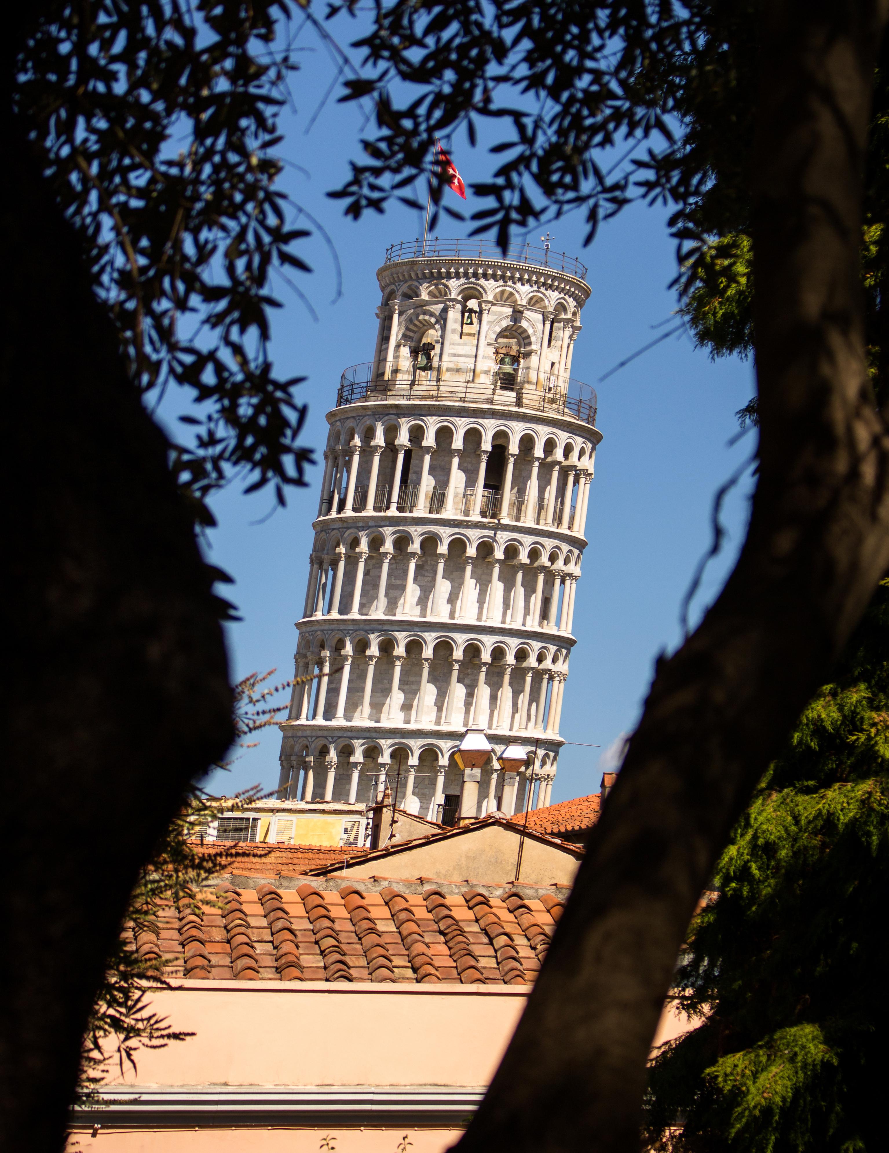 Un tesoro verde a un tiro de piedra de la Torre Inclinada - Italia Circuito Italia Monumental: de Roma a Milán